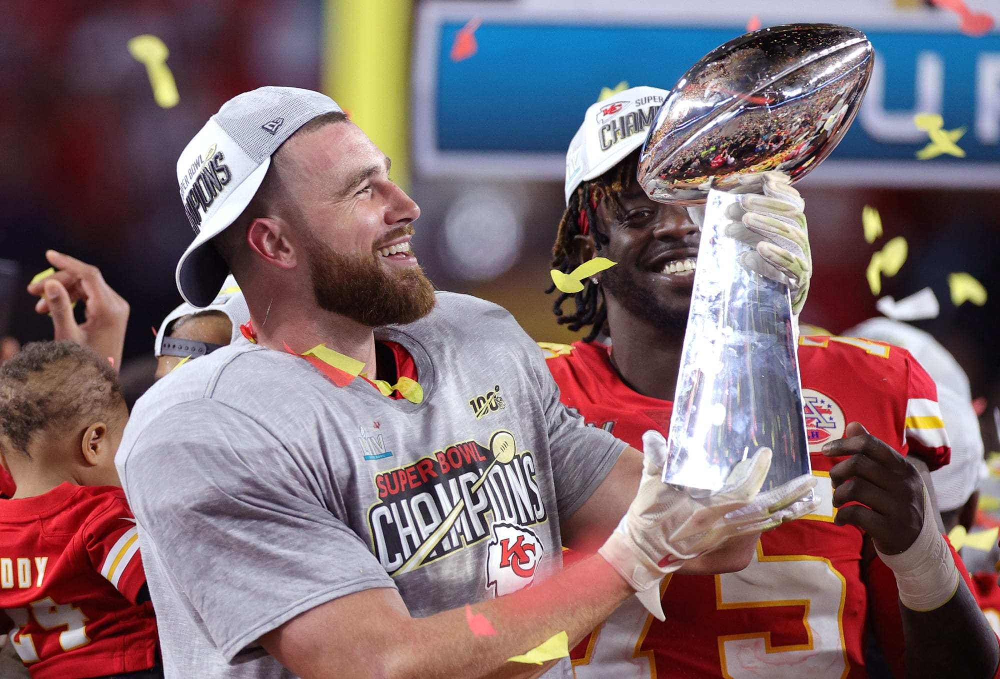 What the Travis Kelce contract means for Chiefs cap situation