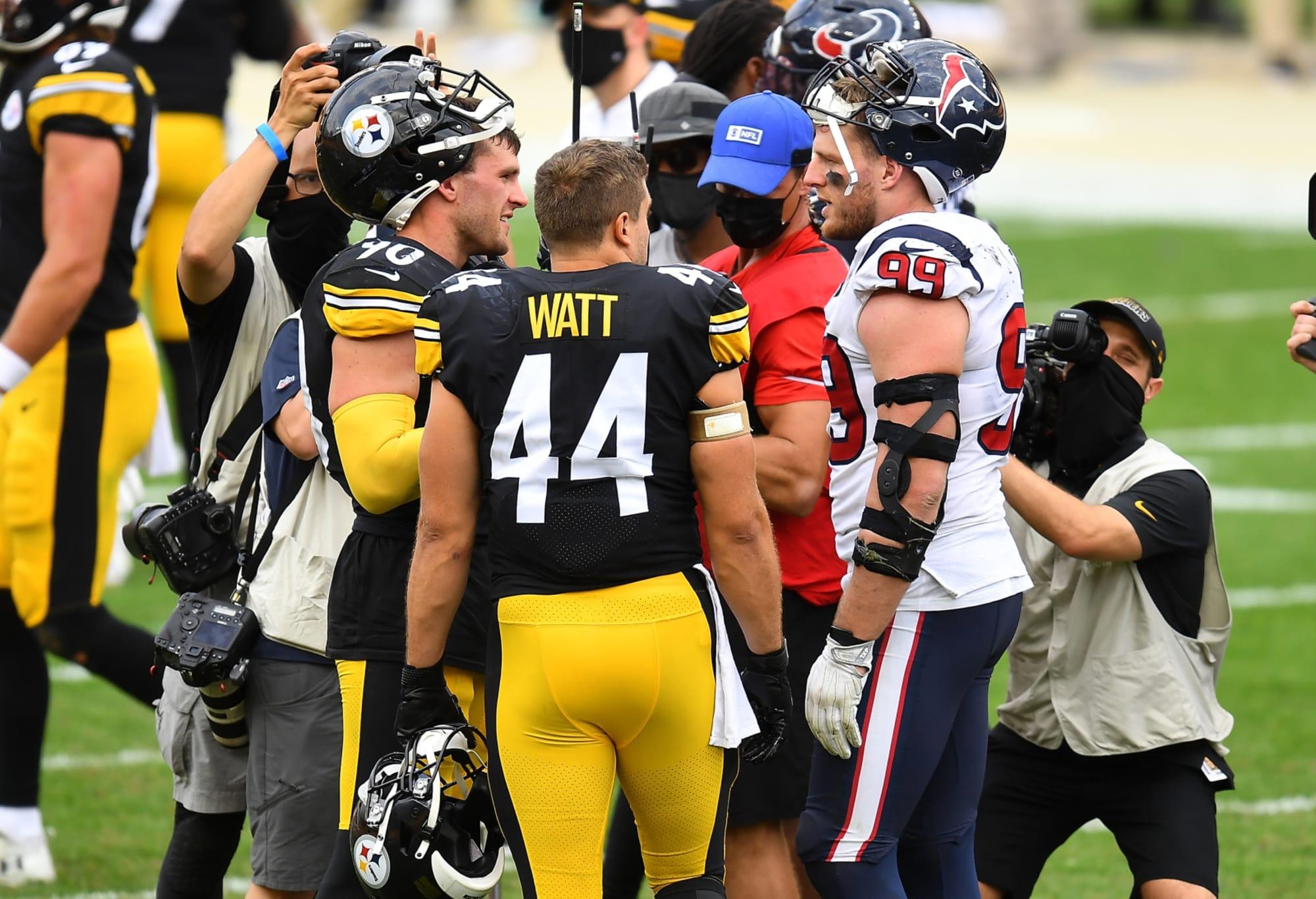 J.J. Watt doesn't take ice baths like regular human beings (Photo)