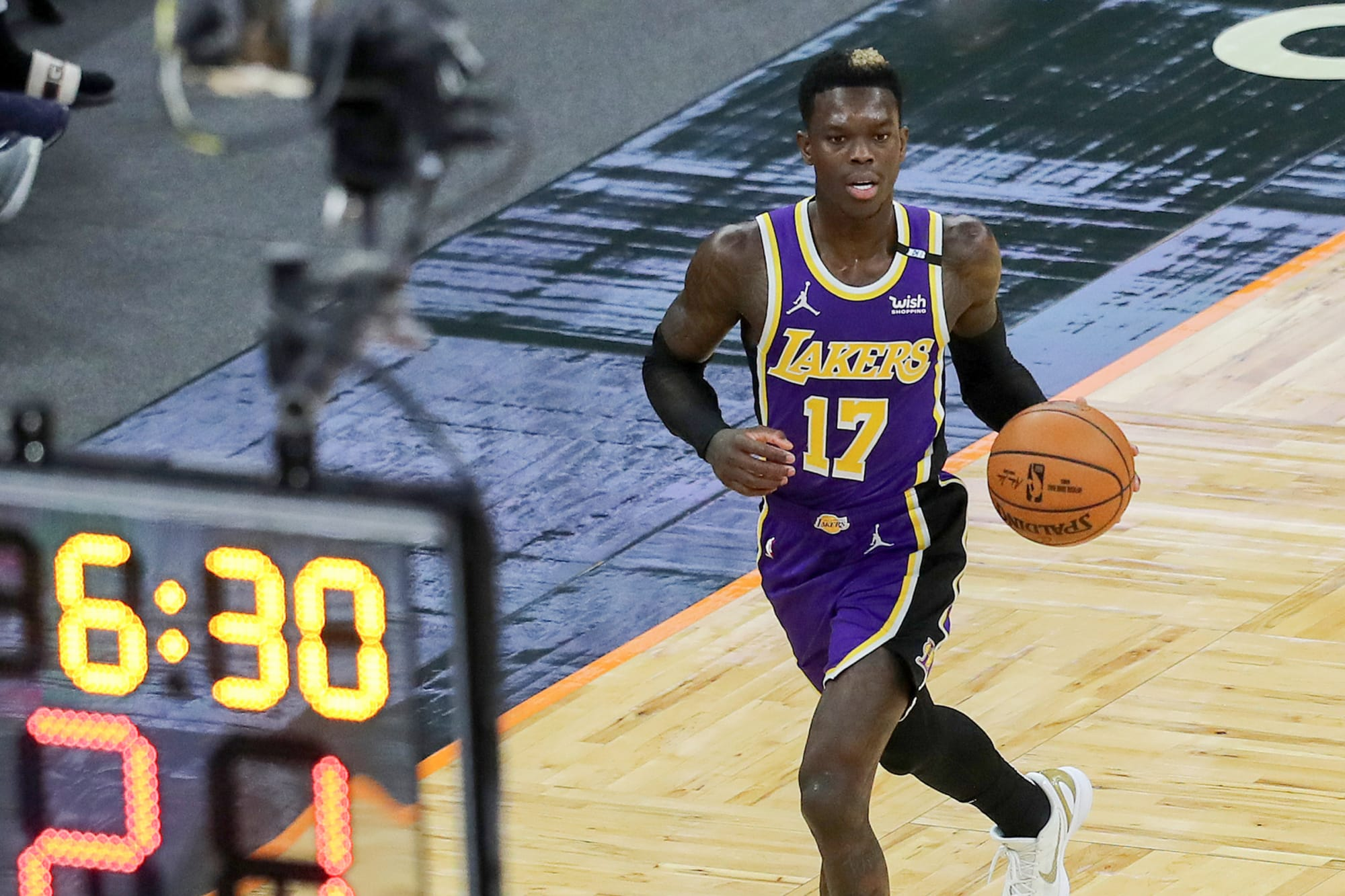 Lakers fans roast Dennis Schroder over lack of suitors after rejecting contract offer