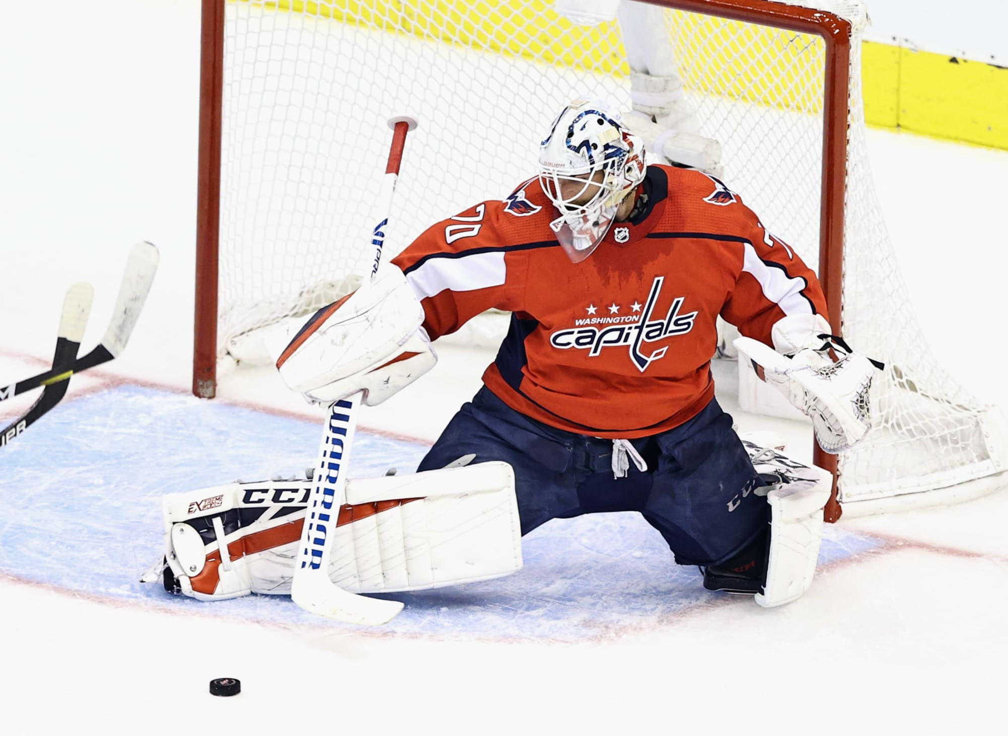 Nhl Free Agency 5 Landing Spots For Braden Holtby