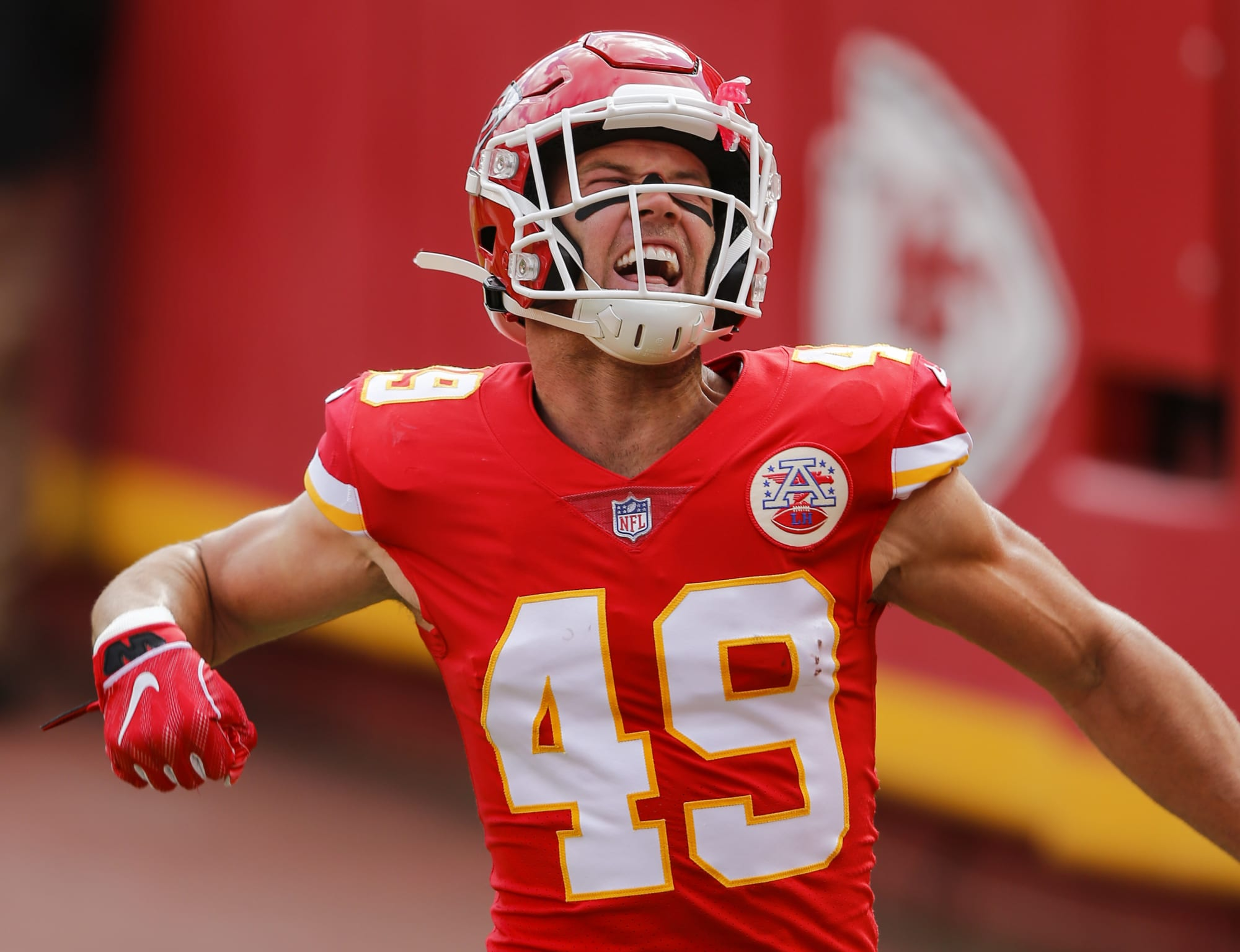 Chiefs bringing back veteran safety on one-year deal thumbnail