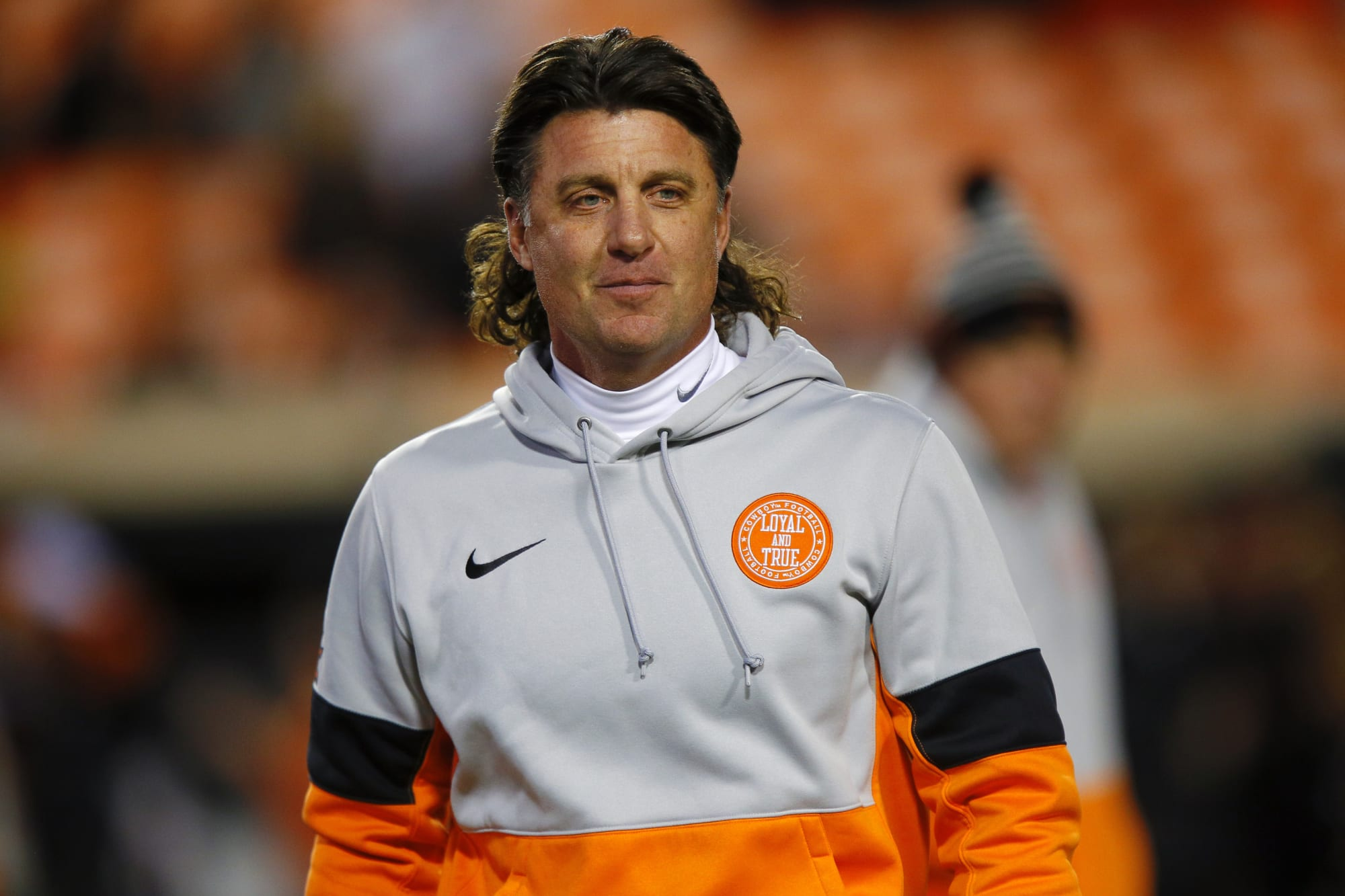 Mike Gundy got rid of his trademark mullet again … for now (photo)
