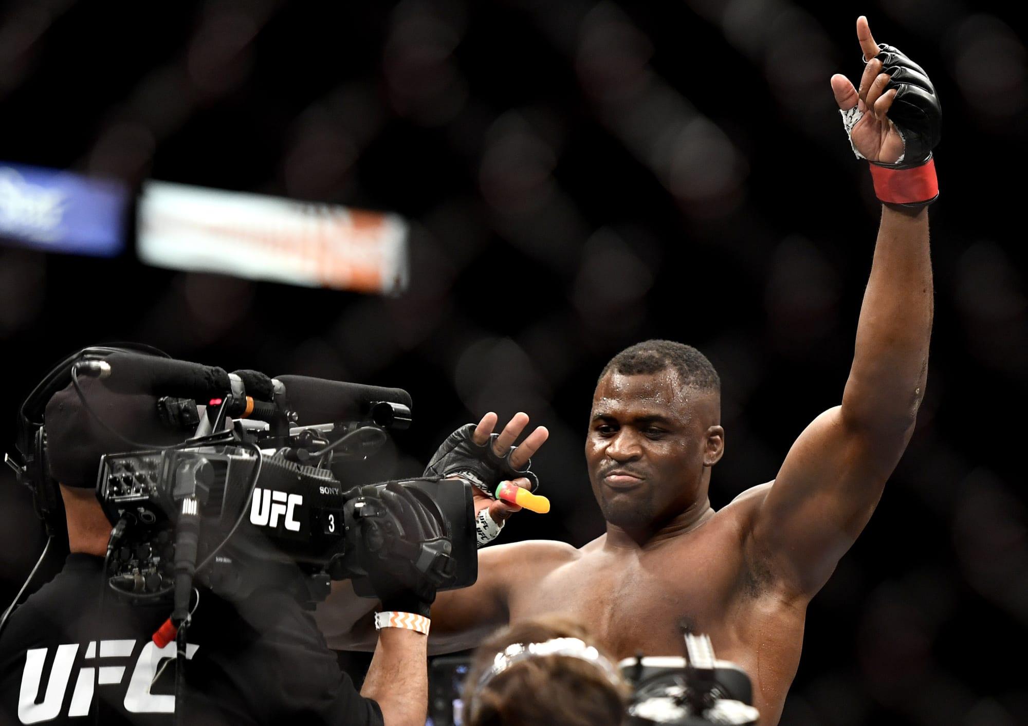 UFC 249: Francis Ngannou flatlines Jairzinho Rozenstruik in 20 seconds