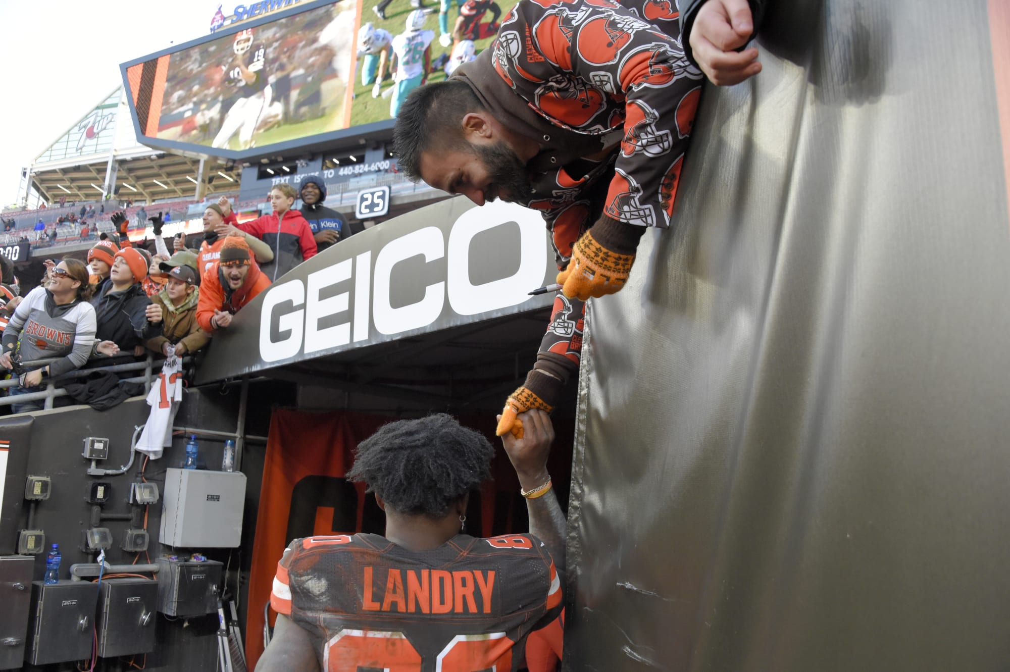 Cleveland Browns season tickets policy is not a great sign NFL games will have fans in 2020