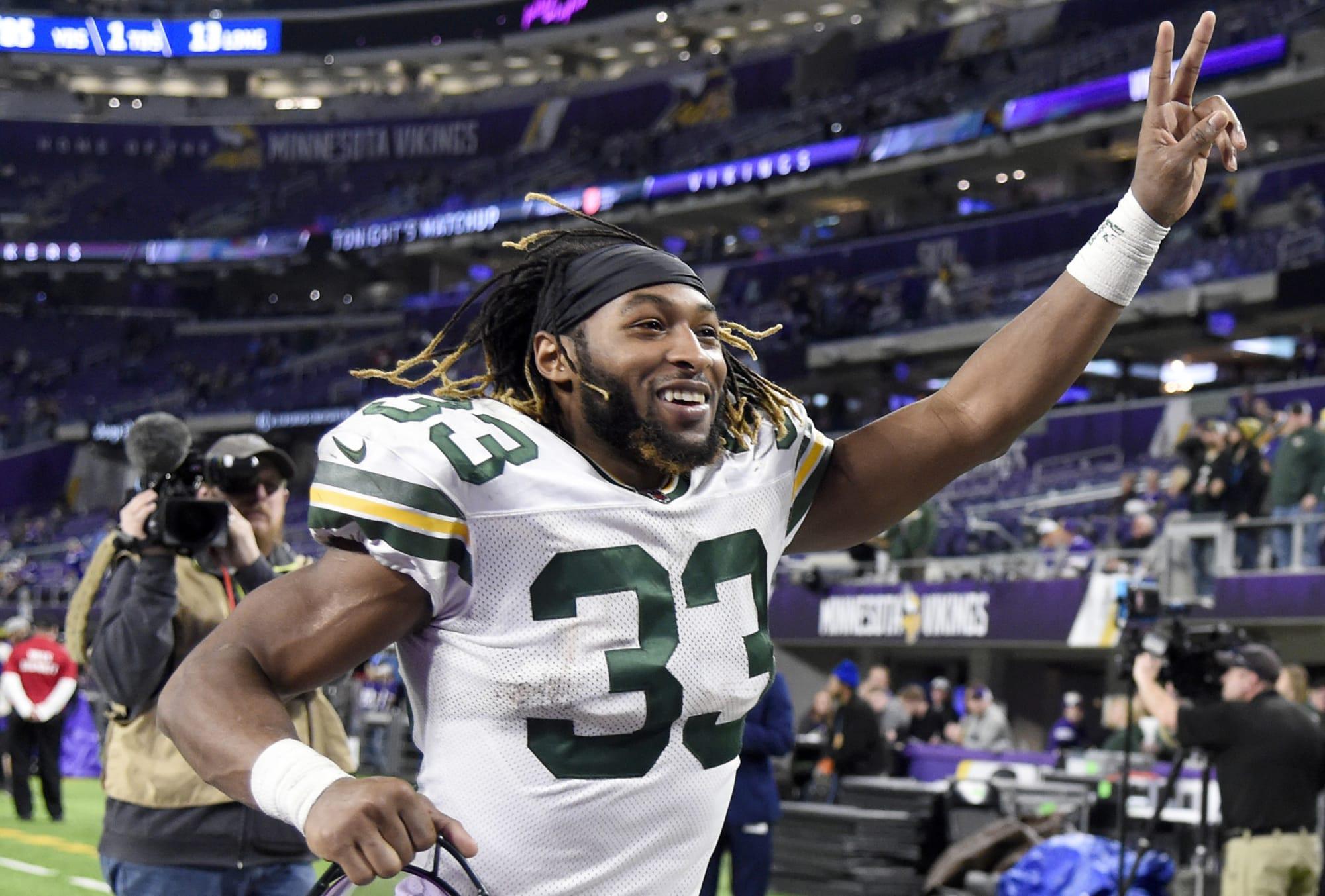 Packers: David Bakhtiari's contract could be bad news for Aaron Jones