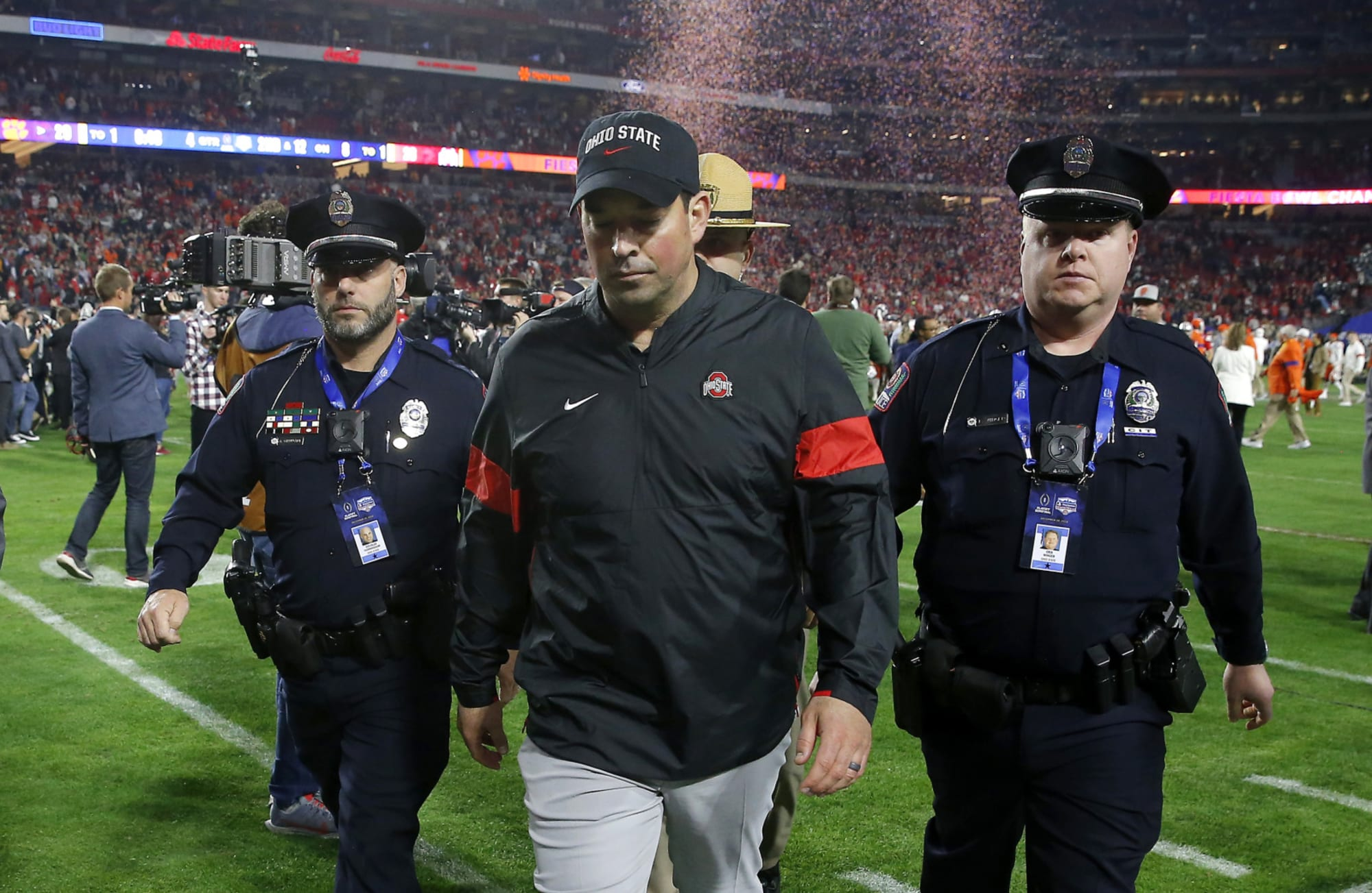 Ohio State pauses all voluntary workouts on campus