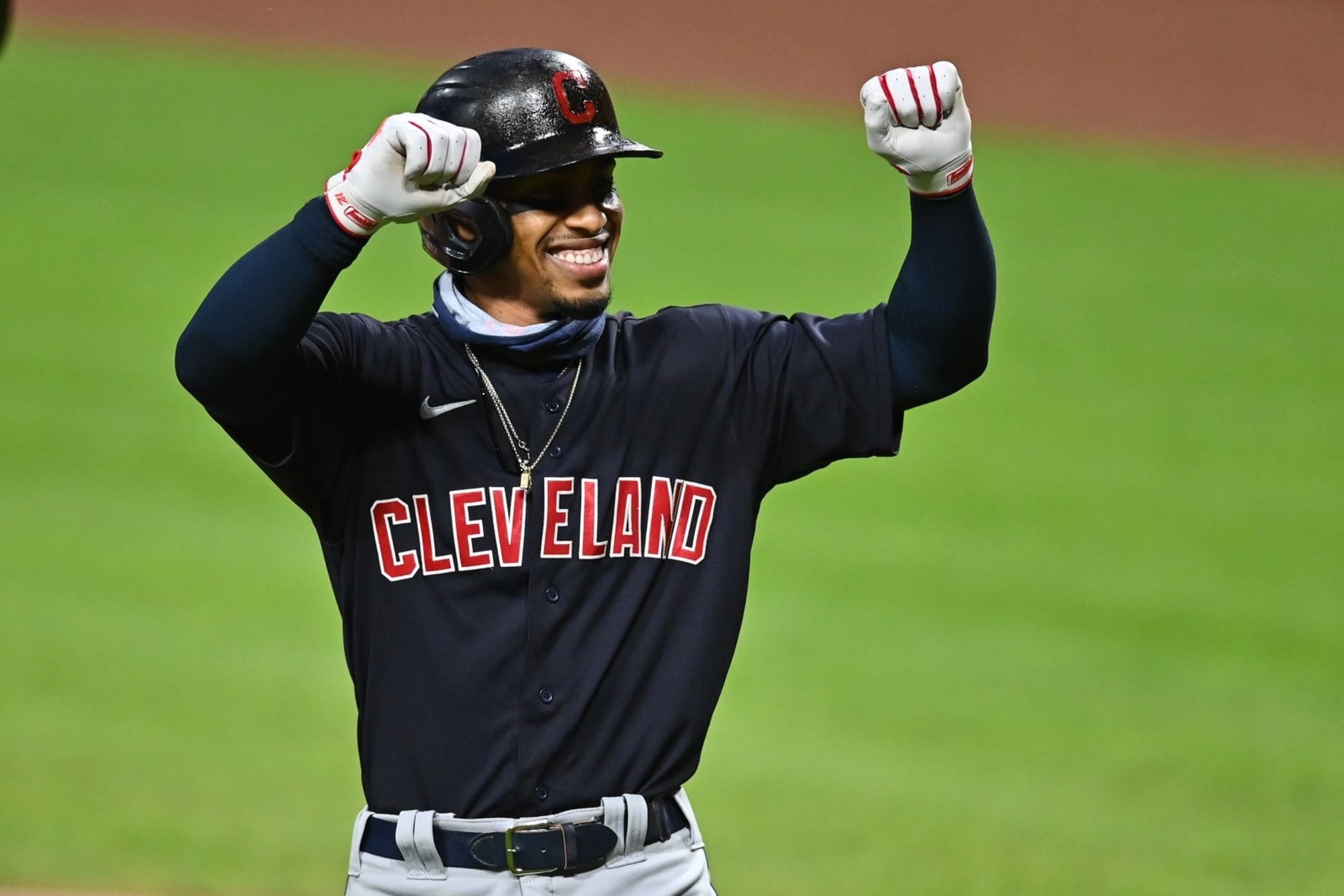 Here's what the Yankees need to give up to trade for Francisco Lindor
