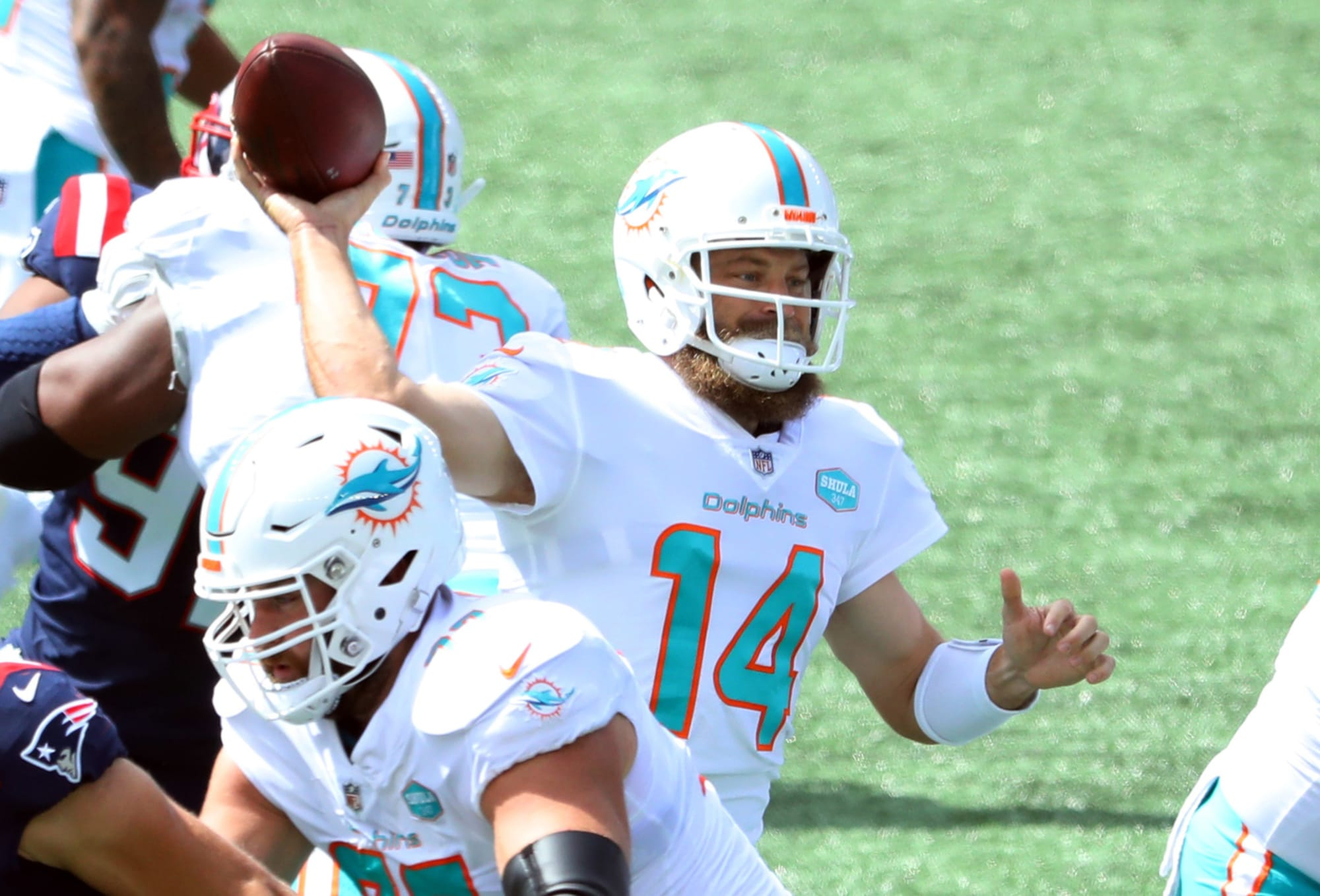 NFL: 4 quarterbacks who should be benched before next week