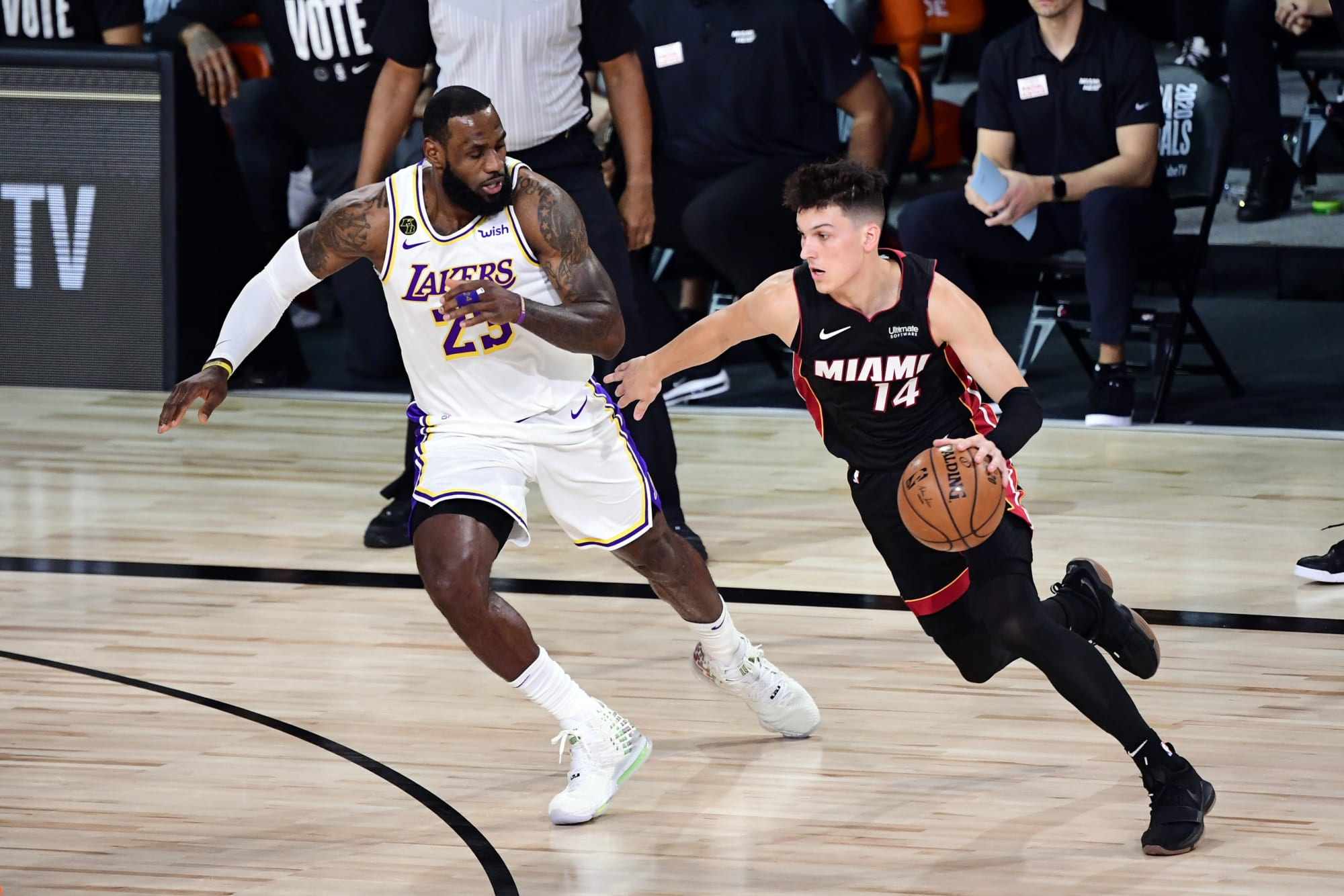 Heat vs Lakers NBA live stream reddit for Game 4 of the Finals