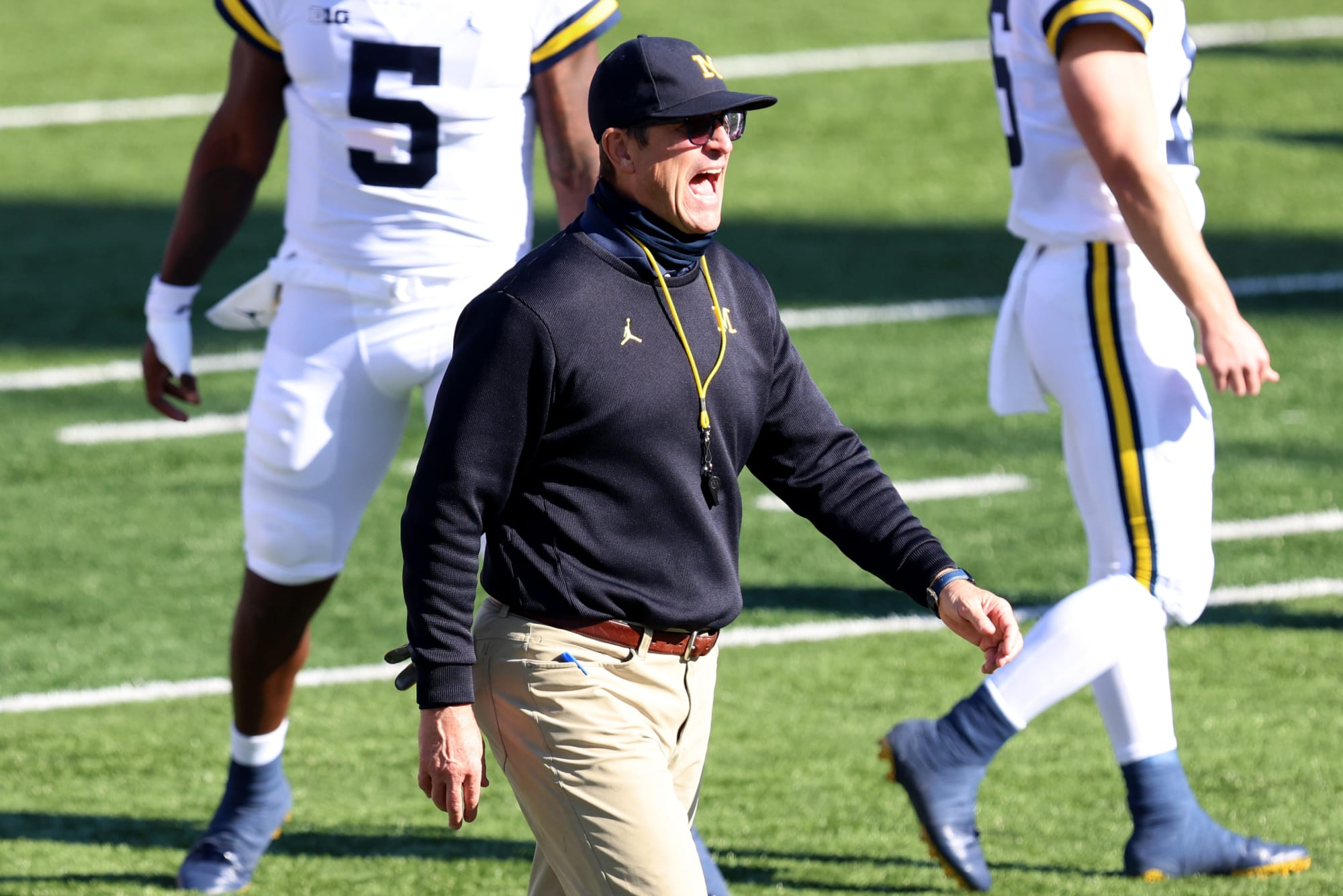 Michigan football plucks Cowboys coach as new co-DC thumbnail