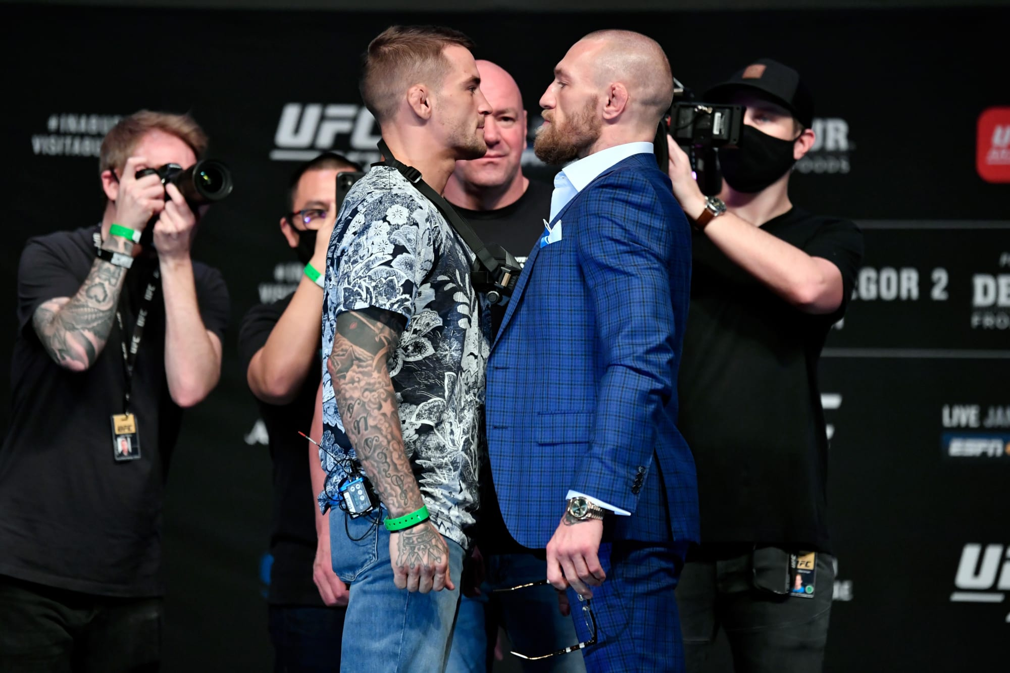 Pros are eating up the Conor McGregor, Dustin Poirier drama like it's Thanksgiving day