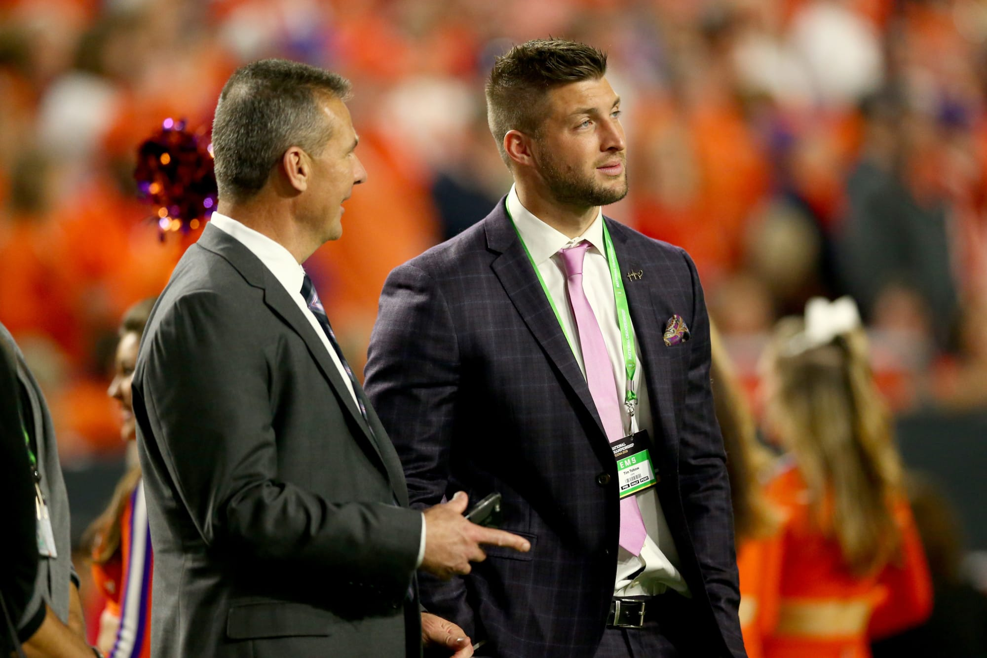 Jaguars discussing signing Tim Tebow to play tight end
