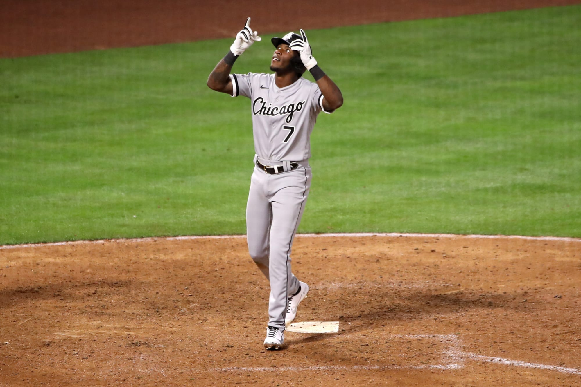 Tim Anderson climbs White Sox record books with home run on first pitch of game (Video)