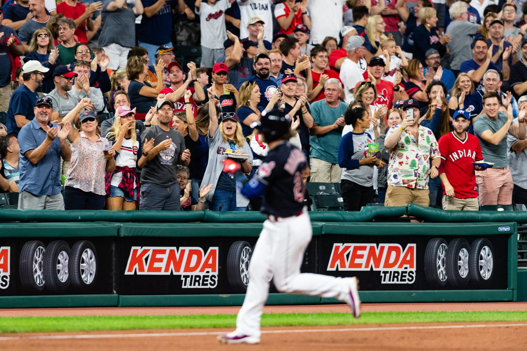 MLB Twitter reacts to Cleveland Indians name change and new logo