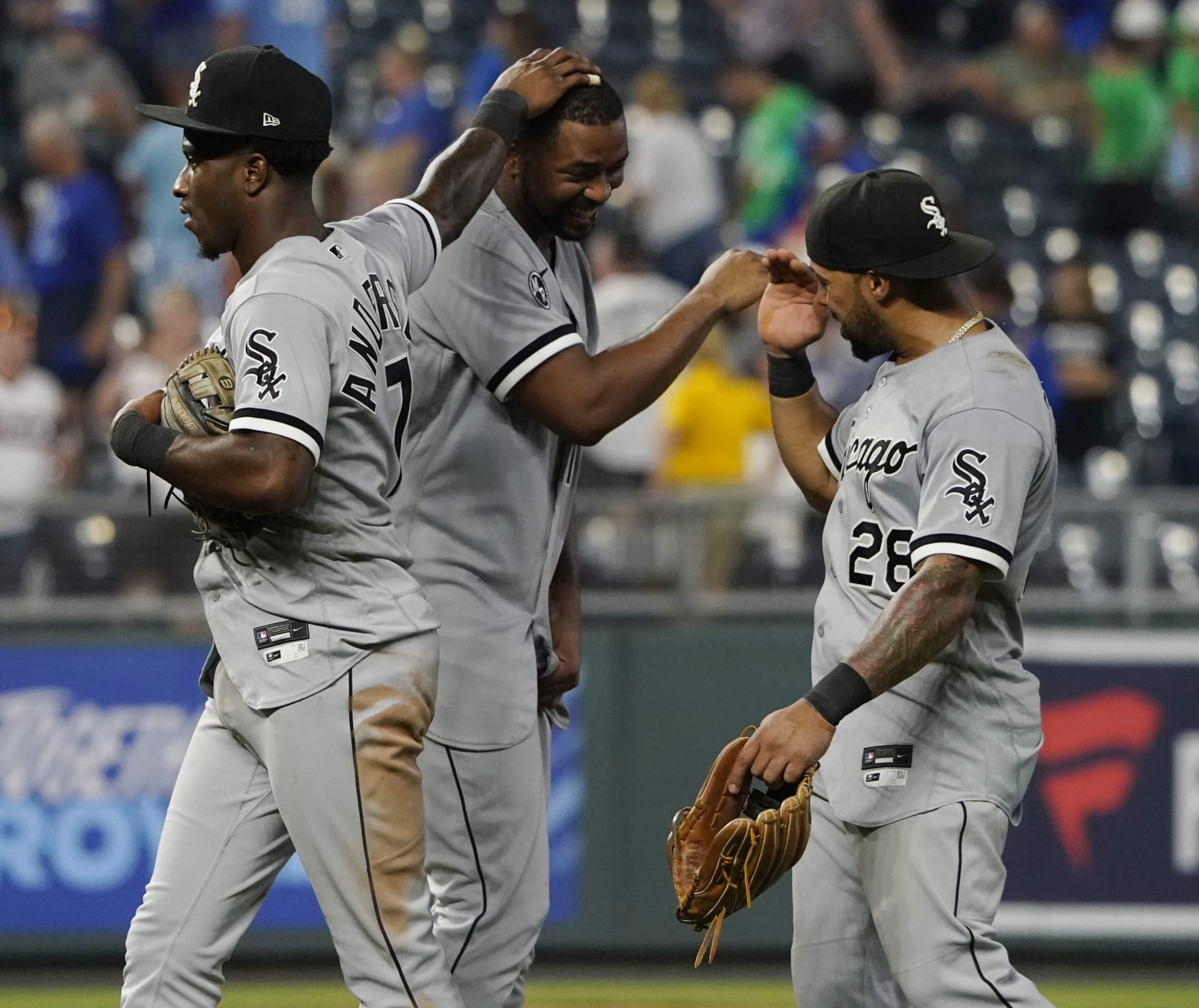 MLB Twitter in awe of Eloy Jimenez's insane return to the White Sox lineup
