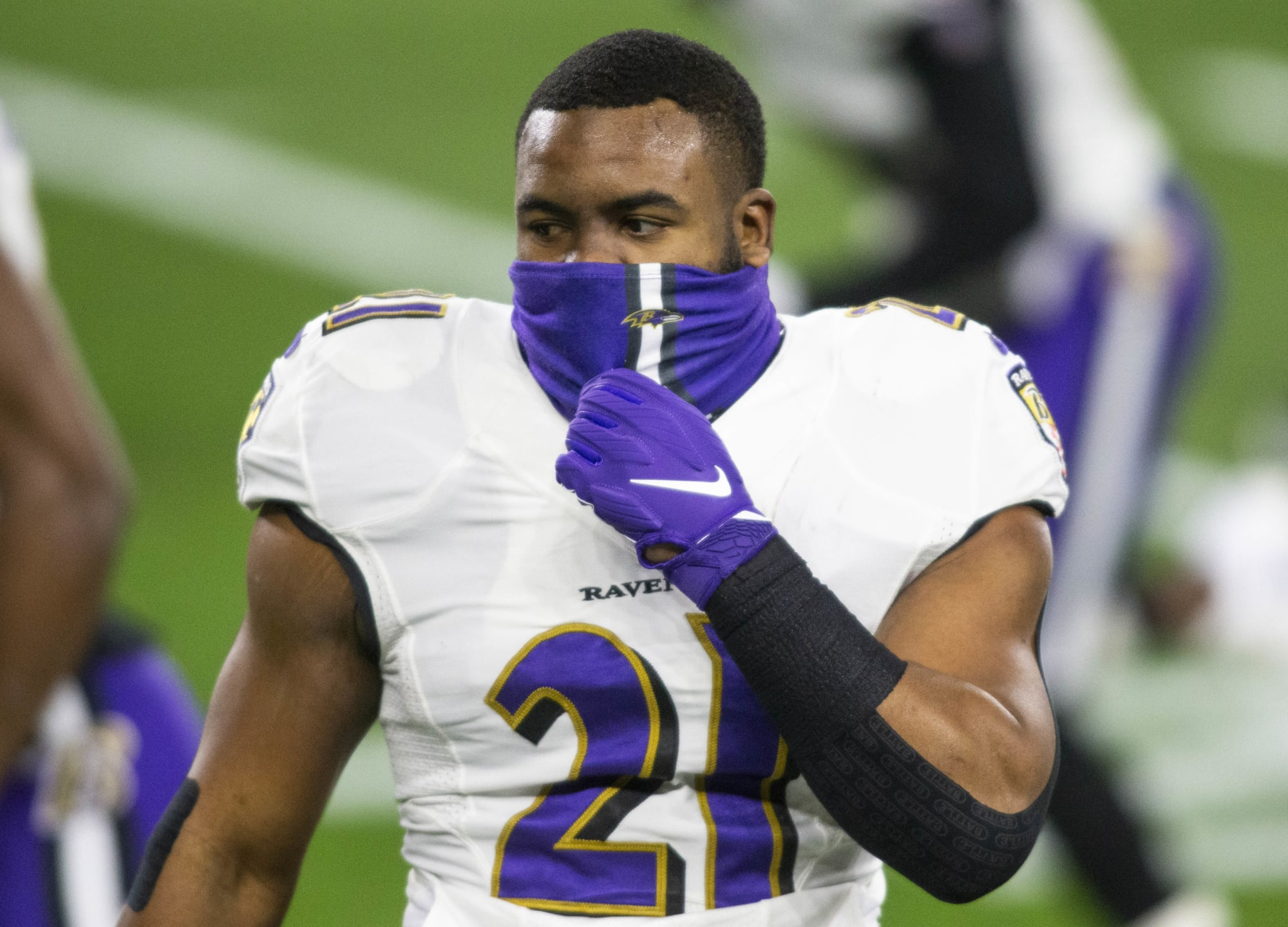 Why are Ravens benching Mark Ingram for 'salary cap reasons' in the playoffs?