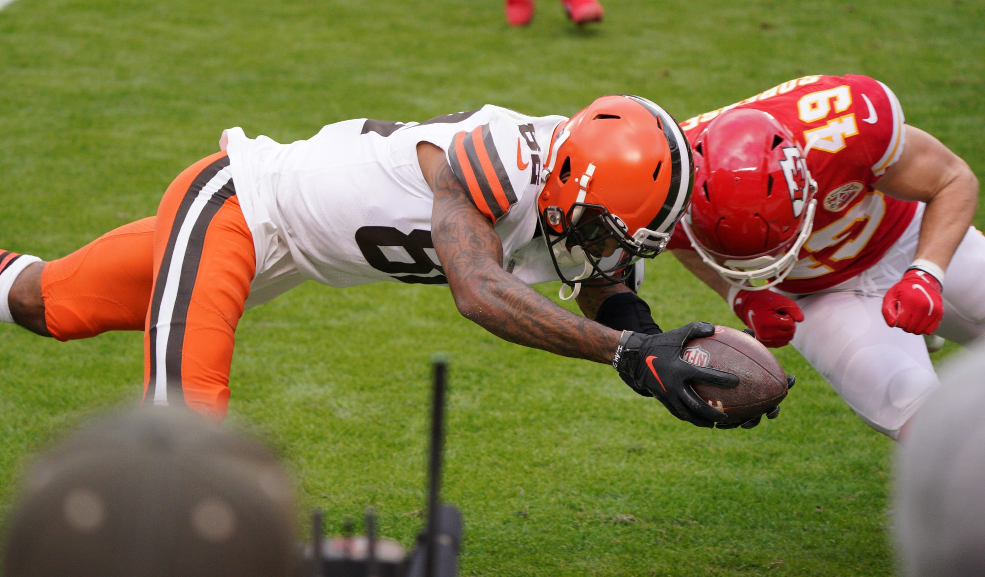 Controversial Browns fumble shouldn't have counted, replay shows (Video)