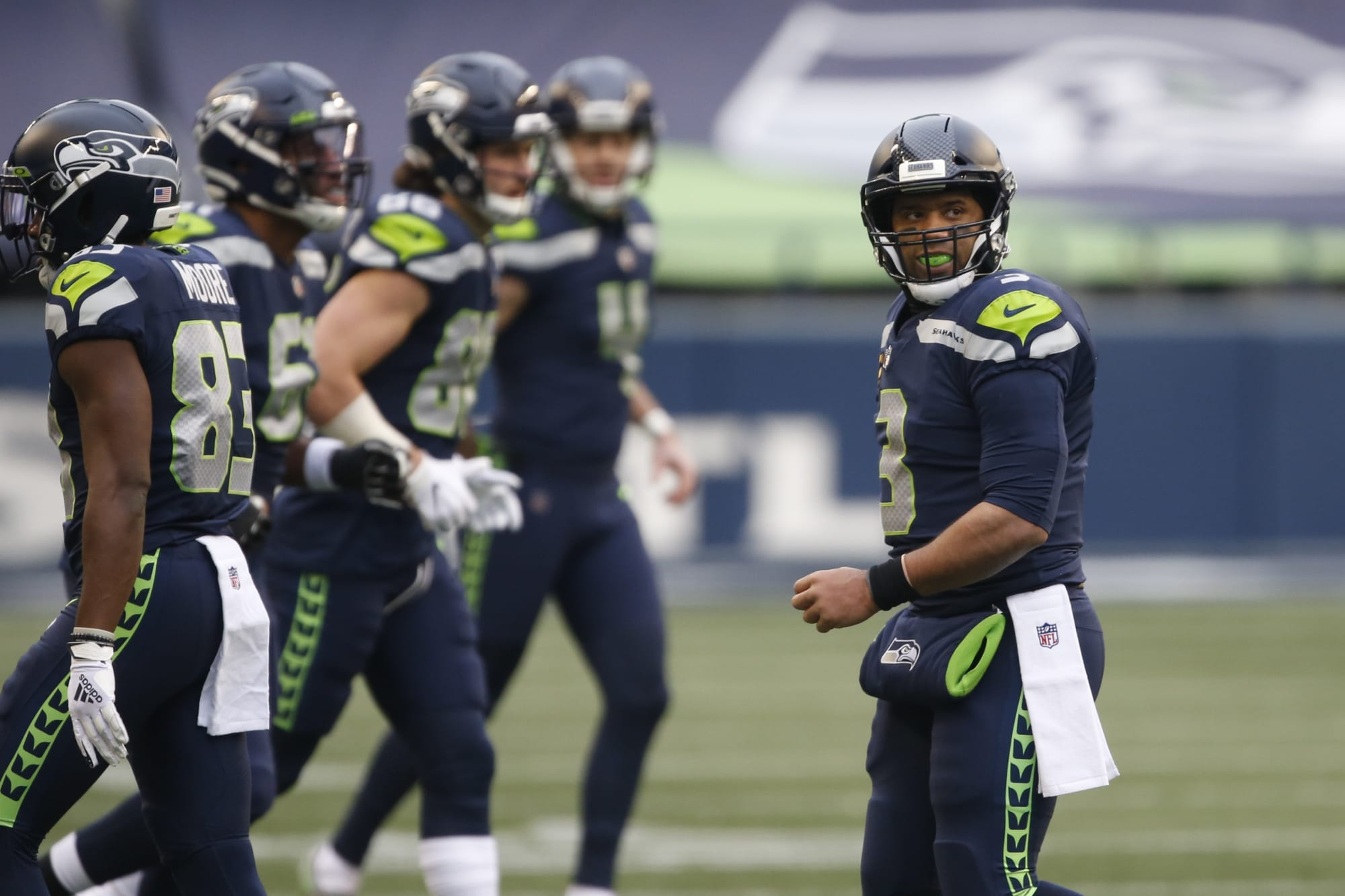 Seahawks issue statement saying they won't be at voluntary OTAs
