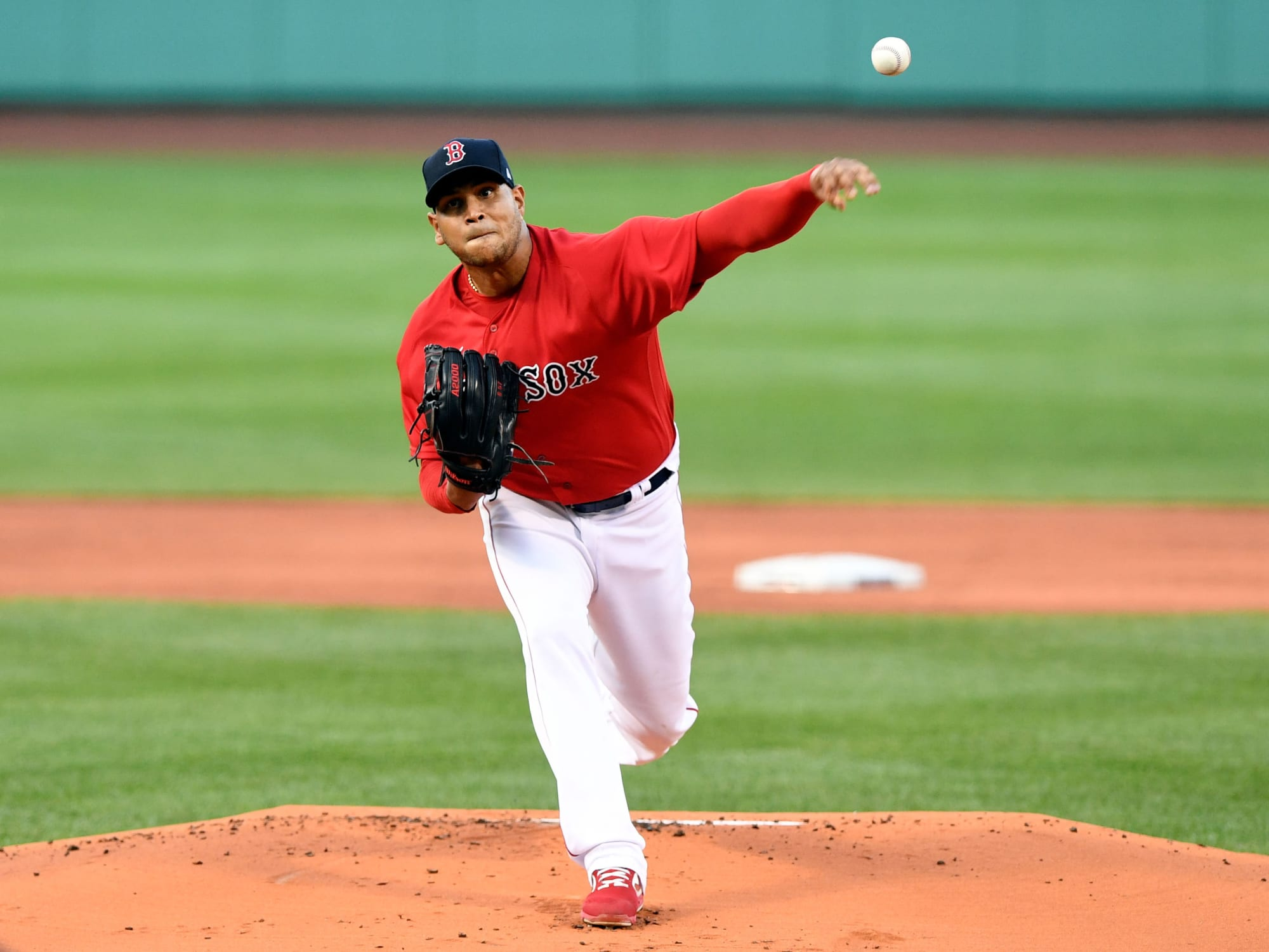 Eduardo Rodriguez leaves Red Sox-Yankees with potentially-serious injury