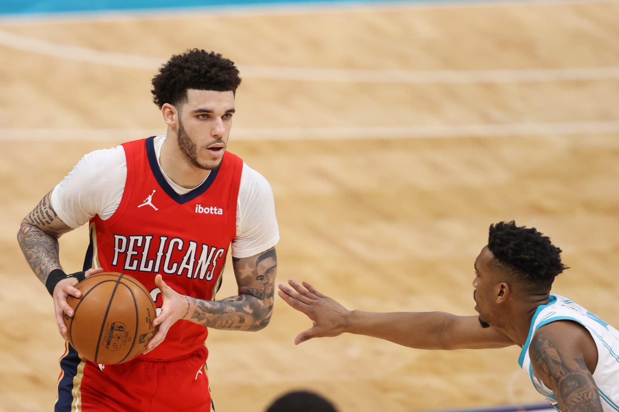 Bulls consiguen a Lonzo Ball en contrato de 4 años en firma y canje con Pelicans