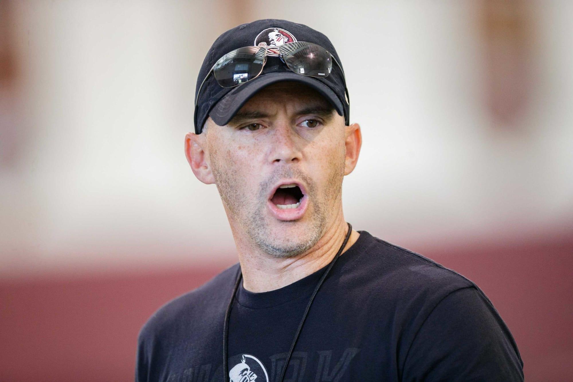 Twitter critica a Mike Norvell por errores de entrenador durante el partido de Notre Dame