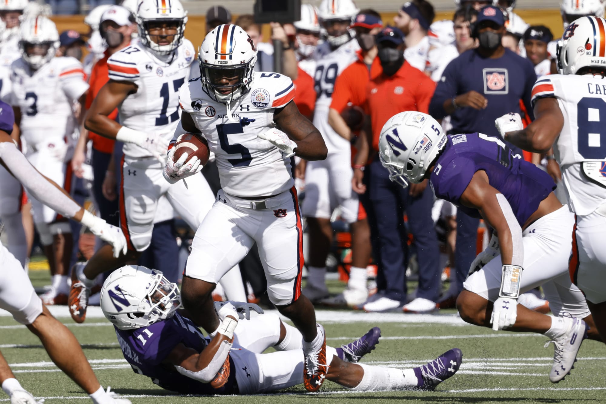 Auburn football: One Tiger to monitor on offense and defense on A-Day