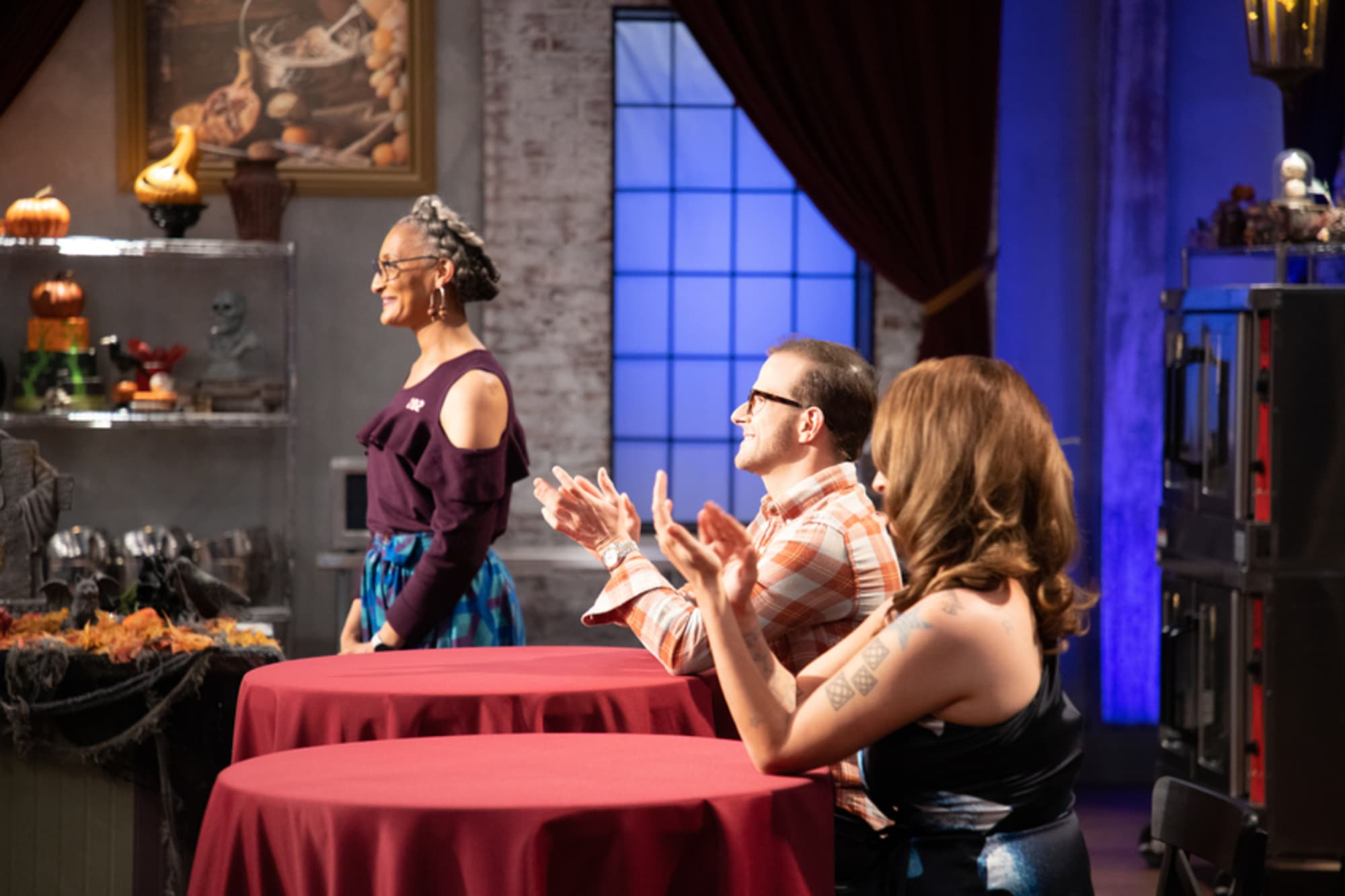 Halloween Baking Championship recap: Creative costumes tell a story