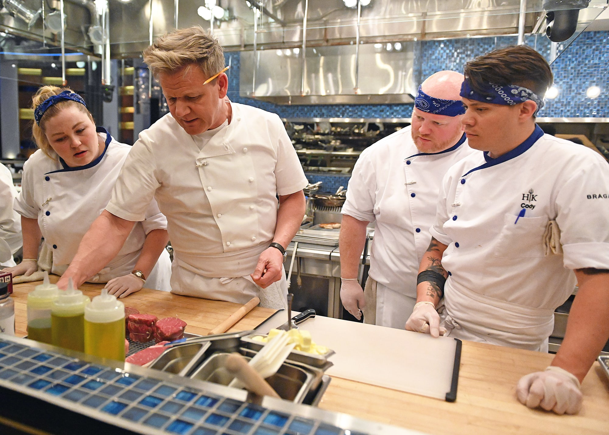 Hell's Kitchen Season 19 episode 9 recap: Are you a cook or a chef?