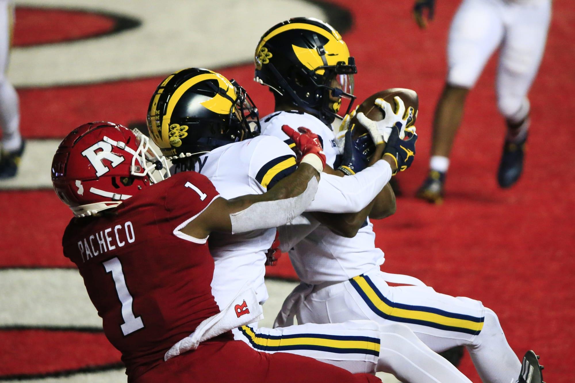 Michigan Football: Wolverines get visit, aim to flip elite cornerback