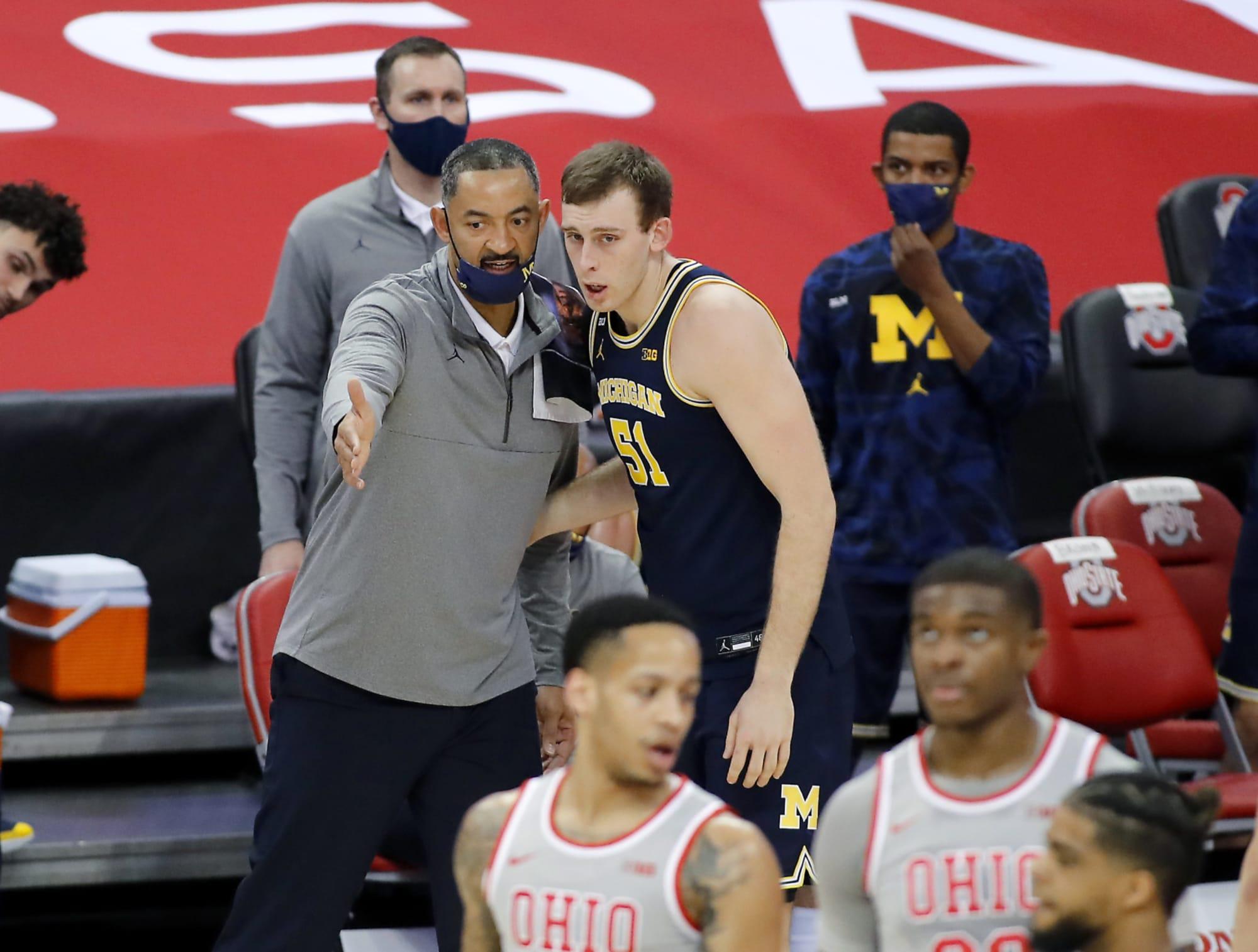 Michigan Basketball: Juwan Howard gives Wolverines edge with 2022 big man - GBMWolverine
