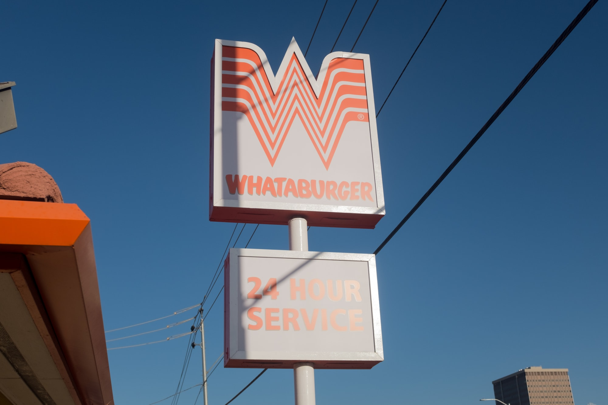 Are In-N-Out or Whataburger open today, Easter 2021?