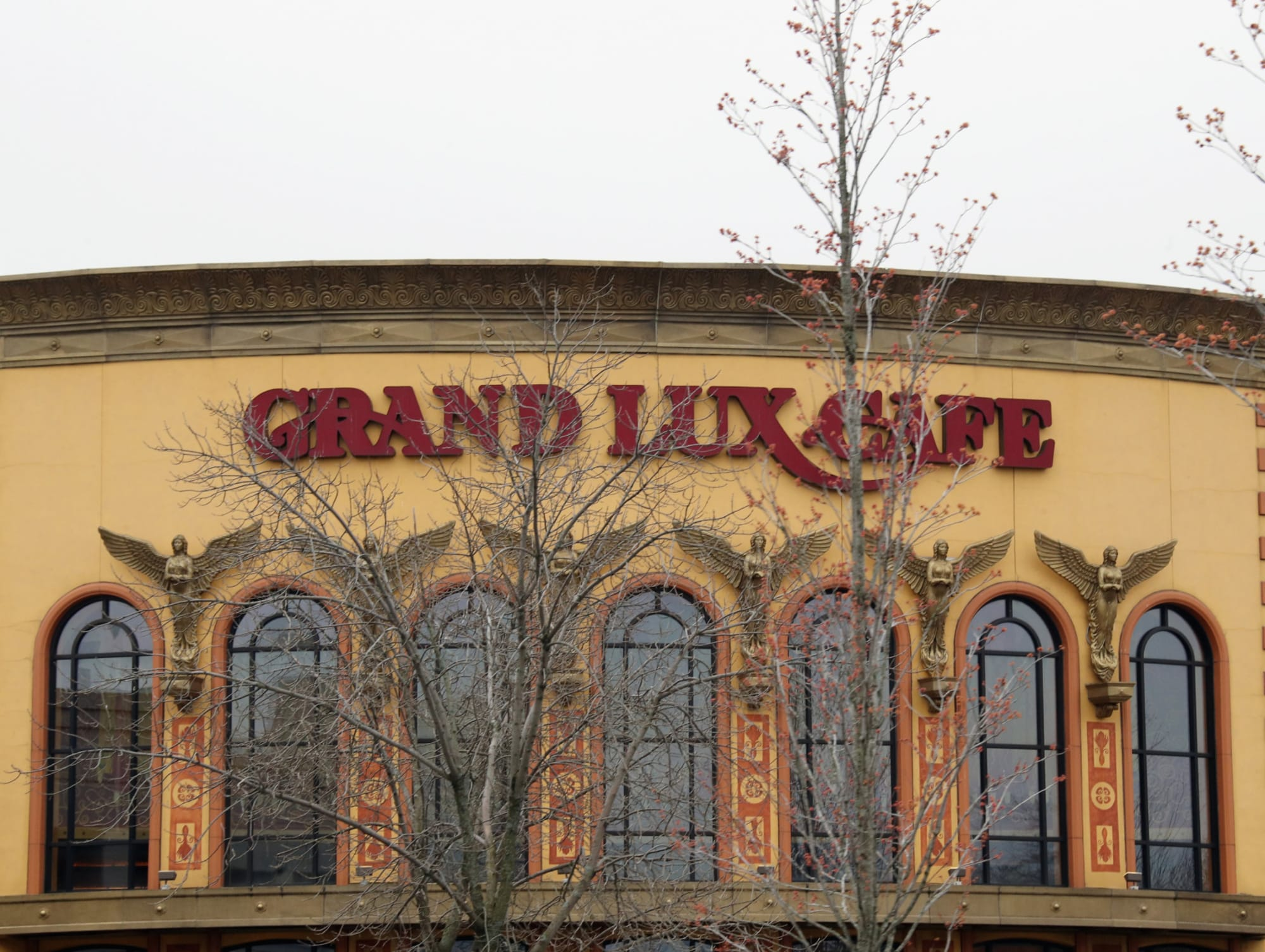 Grand Lux Cafe takes our Spring dining at home up a notch with the release of their Nashville Hot Chicken Recipe