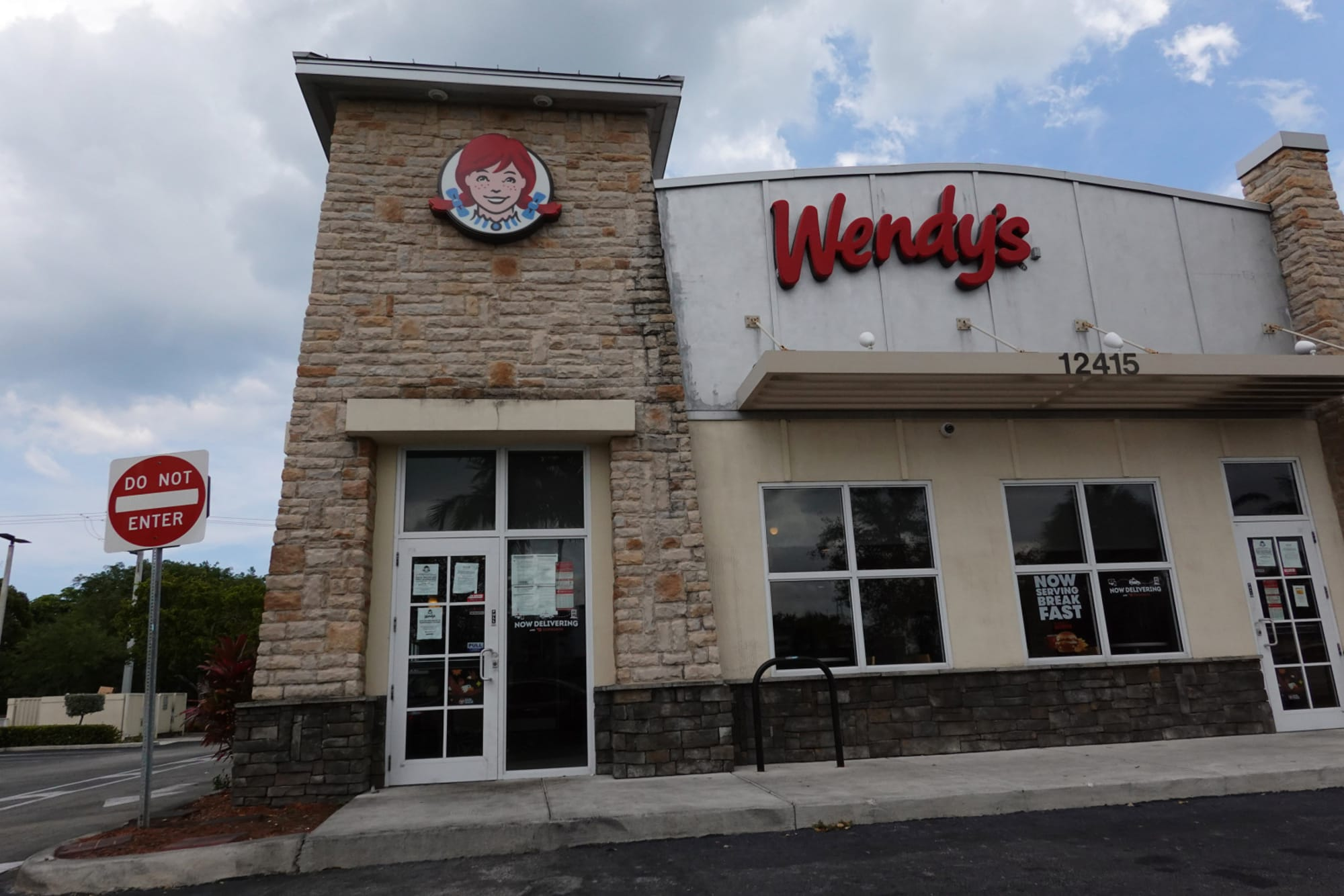 Wendys Hours Christmas Eve 2021 Wendy S Will The Fast Food Chain Be Open On Thanksgiving Day 2020