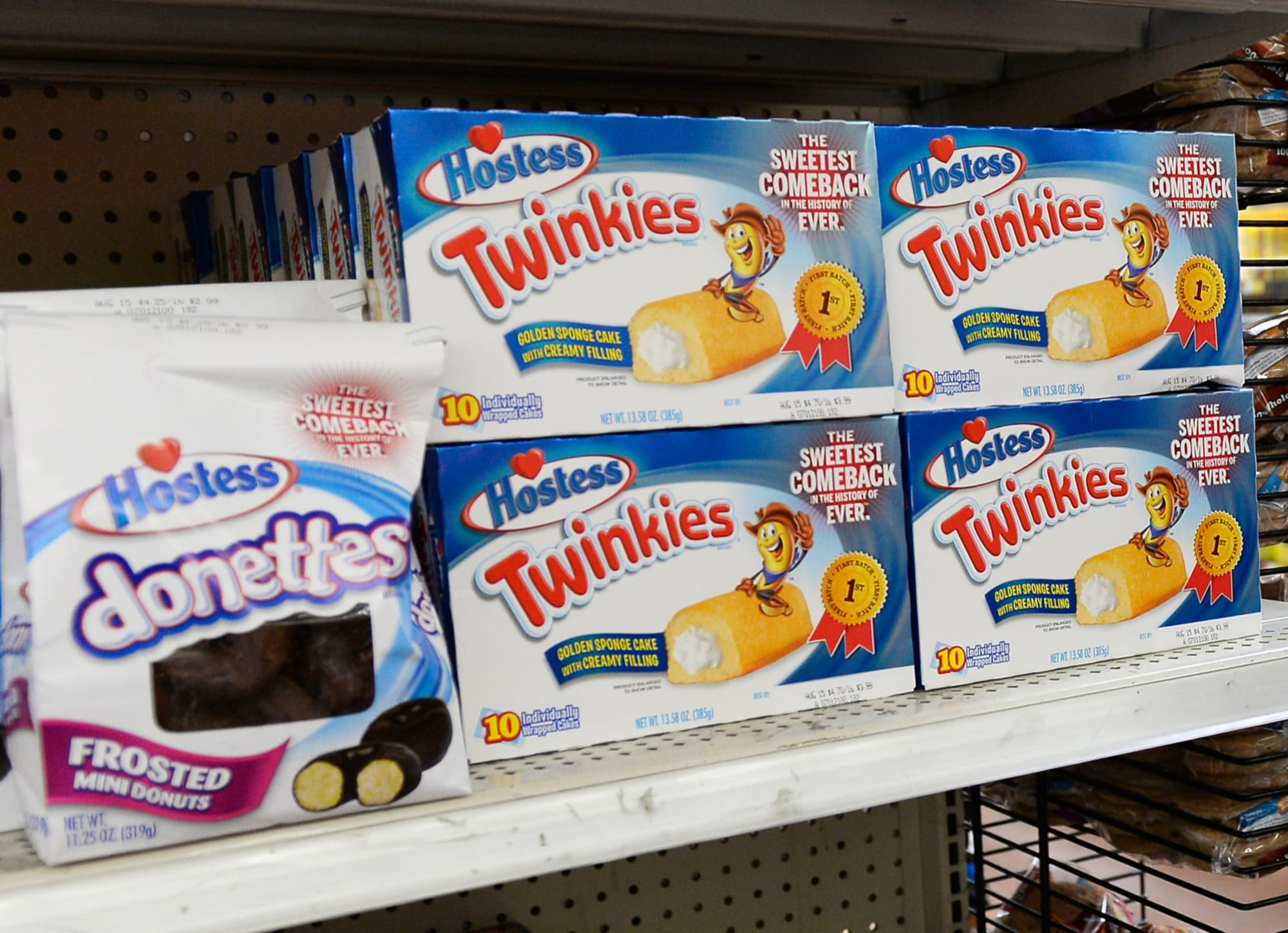New Mixed Berry Twinkies have arrived for your snacking pleasure