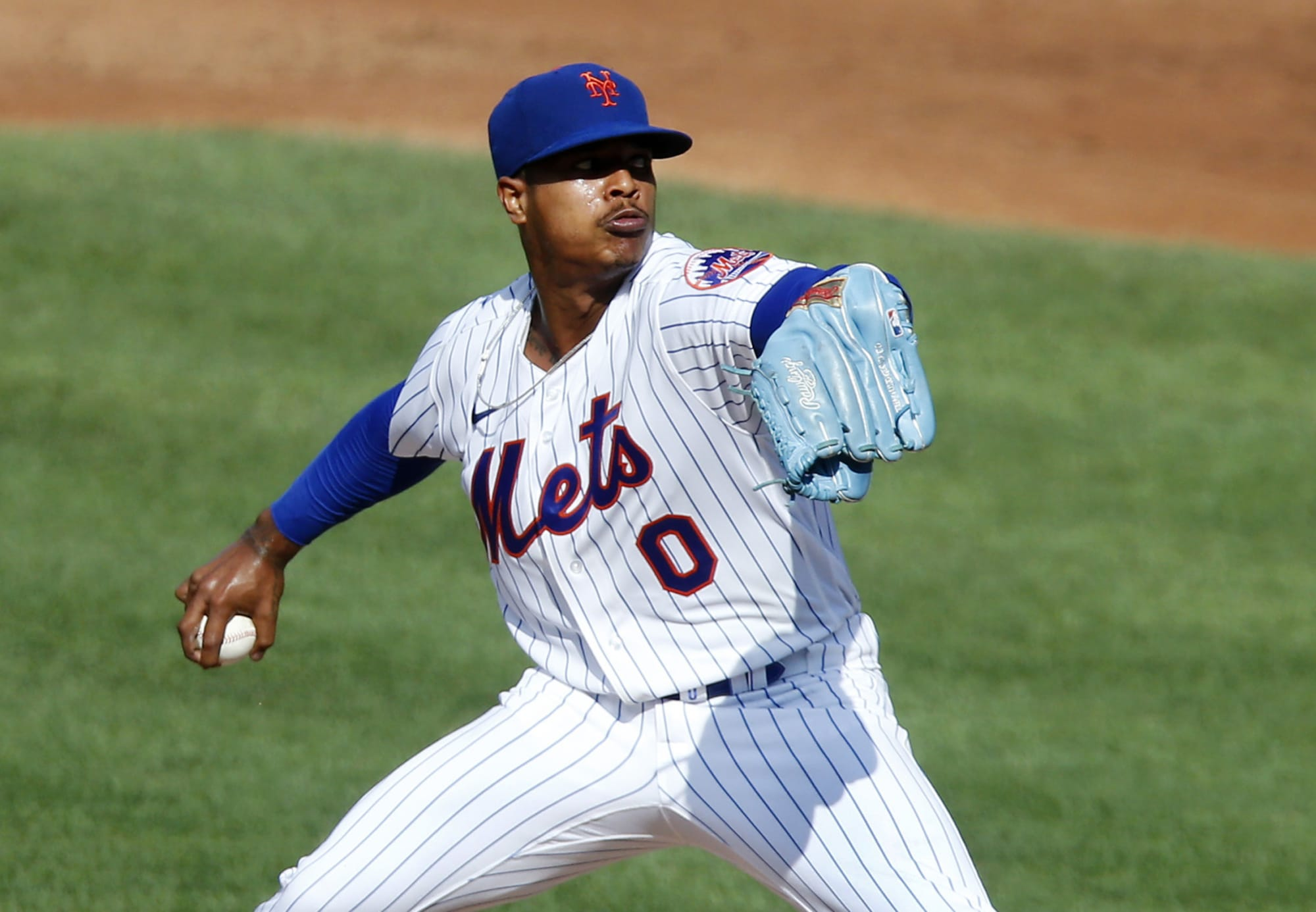 Marcus Stroman pitches in a New York Mets game