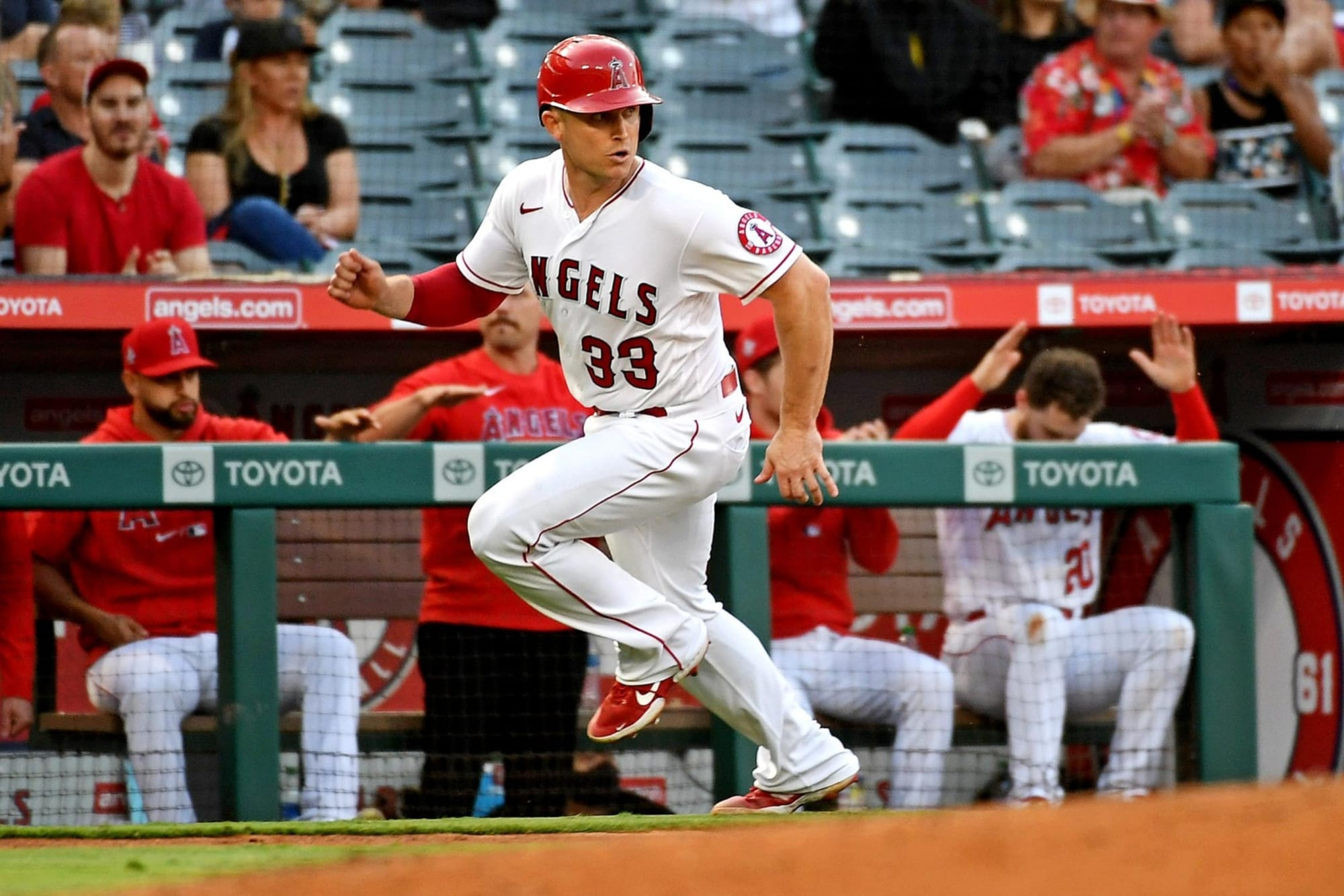 LA Angels: Healthy competition is improving both catchers