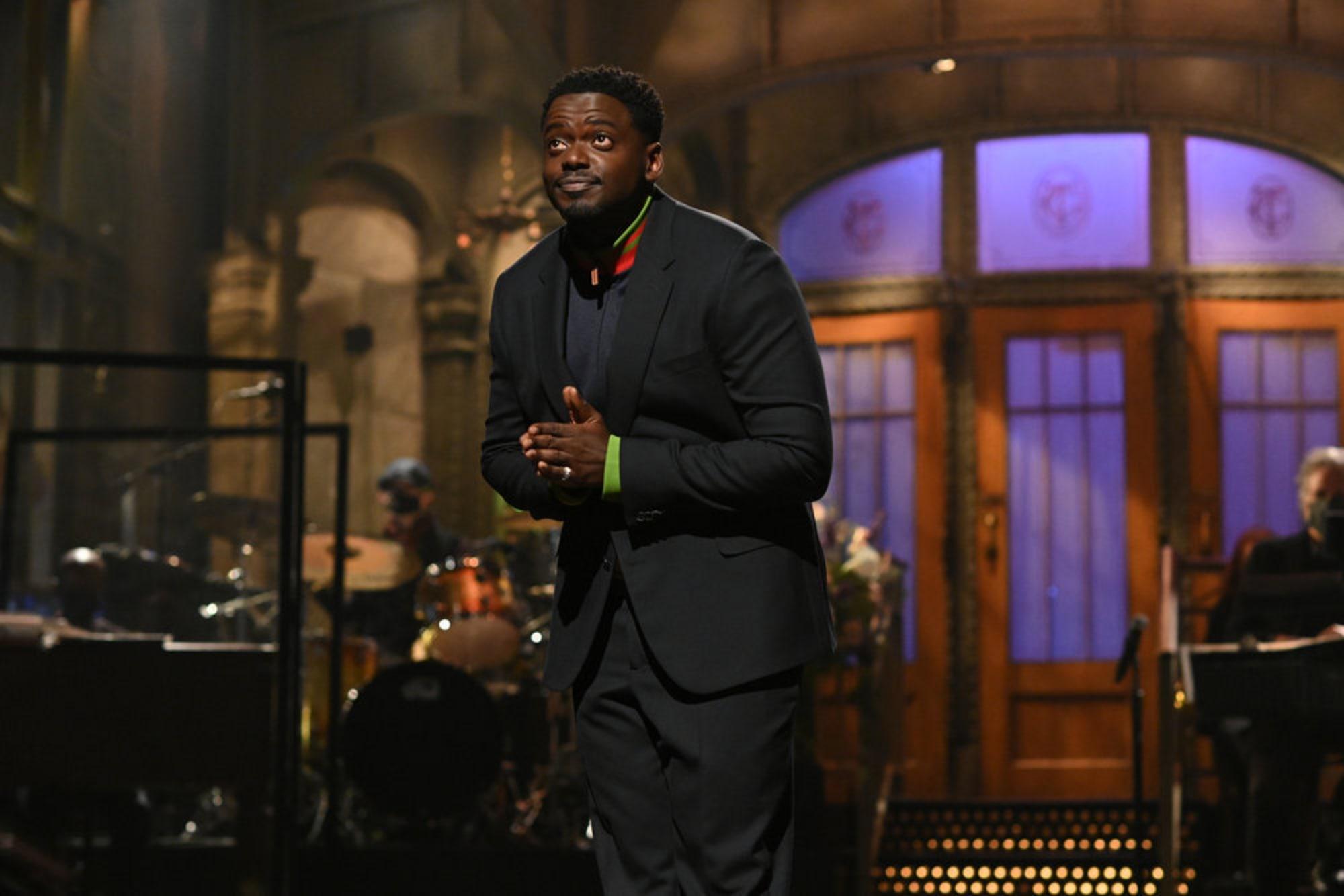 Who's hosting Saturday Night Live tonight, June 12?