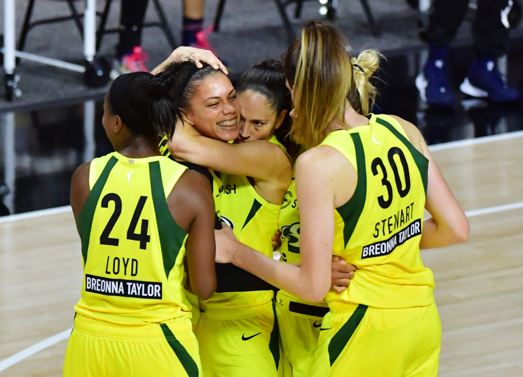 Your Day in Women's Basketball, November 18: Seattle has an abundance of riches