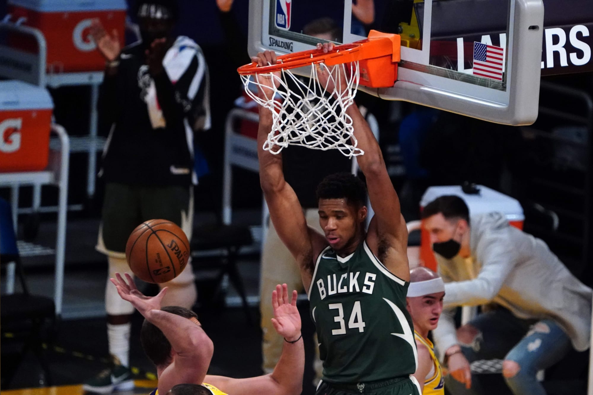 Giannis Antetokounmpo should win league MVP for the third straight time