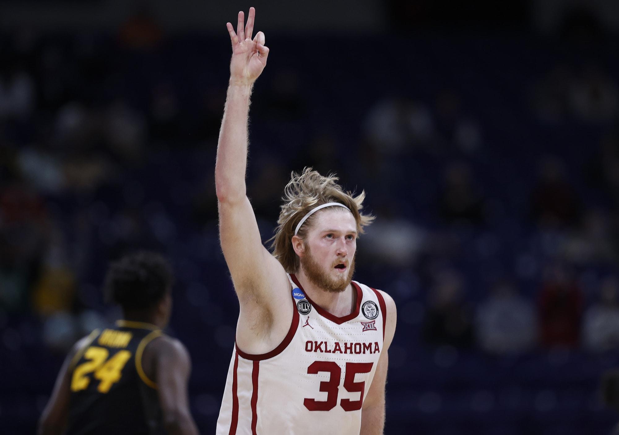 UNC Basketball: Tar Heels land former Oklahoma forward