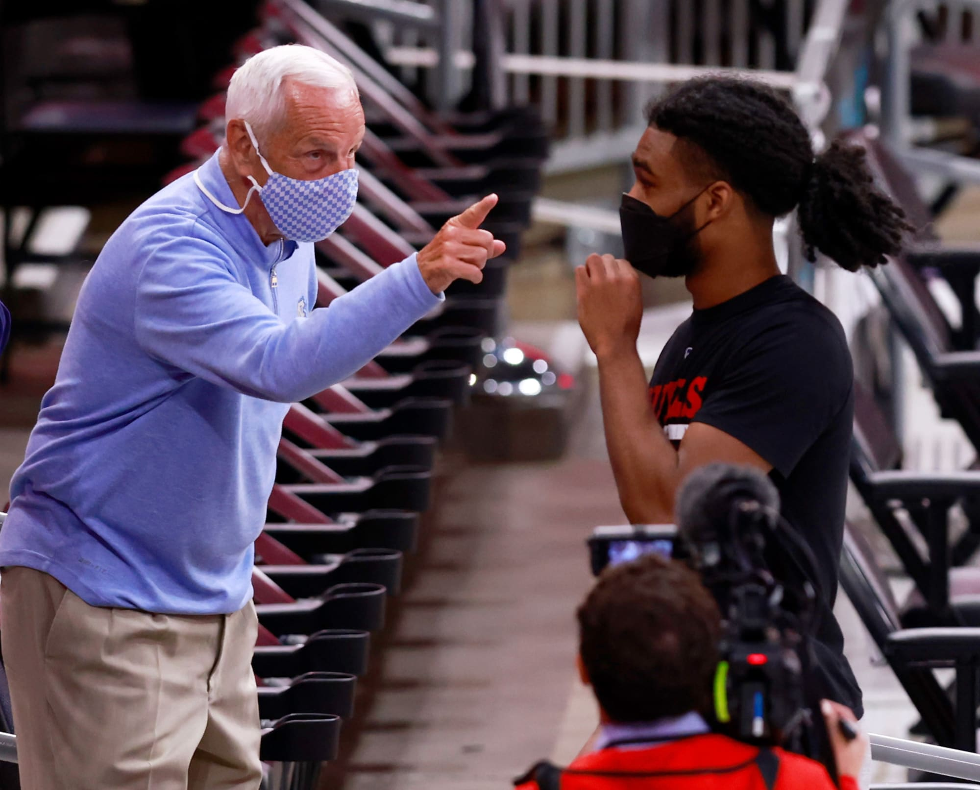 Coby White returns to Chapel Hill for pickup game