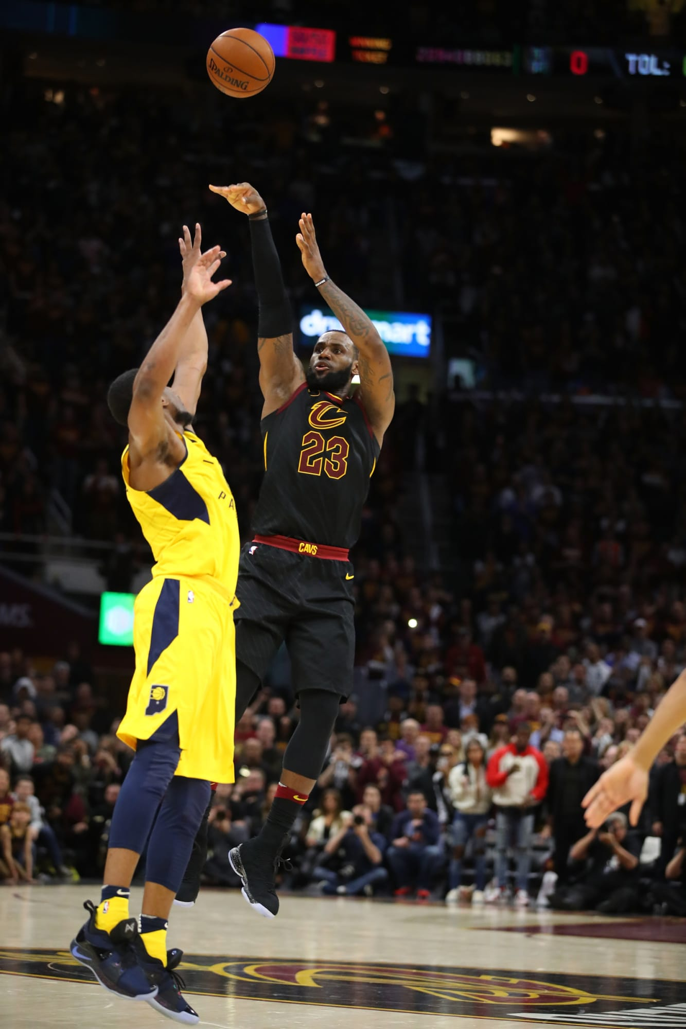 FanSided is right: LeBron James is more clutch than Kobe Bryant