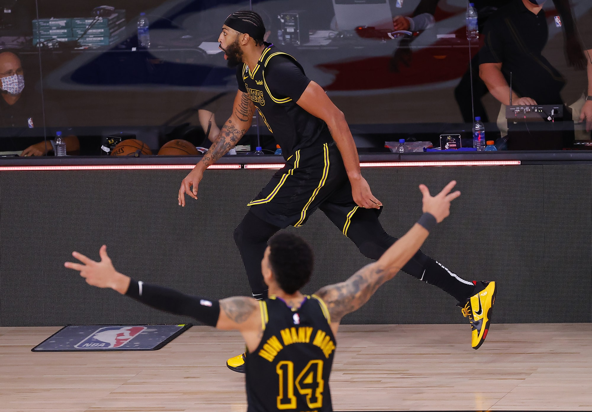 Los Angeles Lakers: Anthony Davis sinks Denver in Game 2, 5 Lessons!
