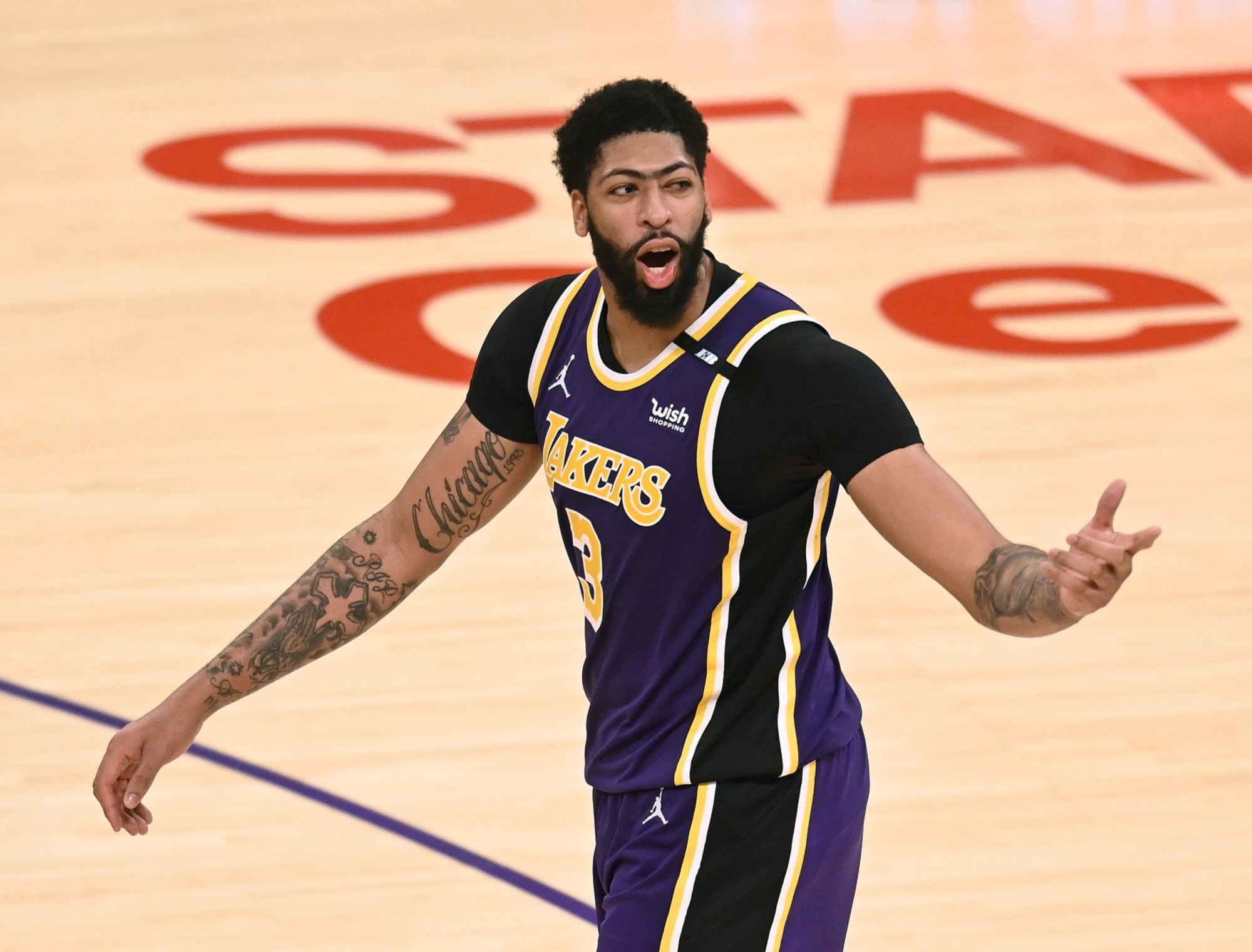 Los Angeles Lakers: 2 former Anthony Davis teammates to sign