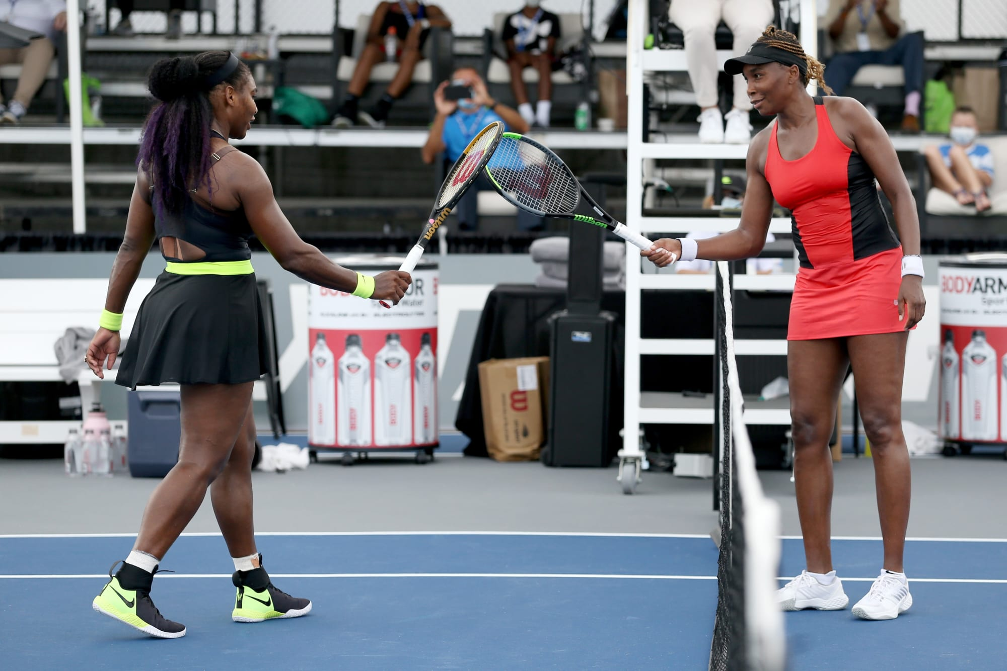 Serena thunders back to defeat sister Venus in best all-time matchup