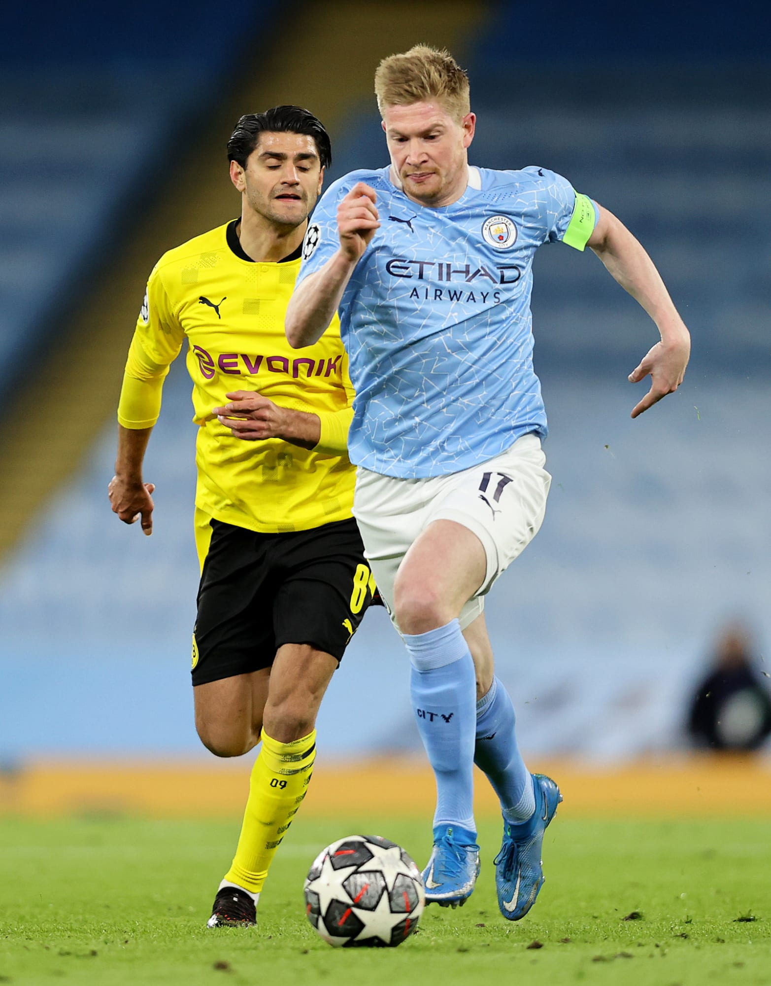 Manchester City lining up a bid to sign Kevin De Bruyne's long-term replacement this summer