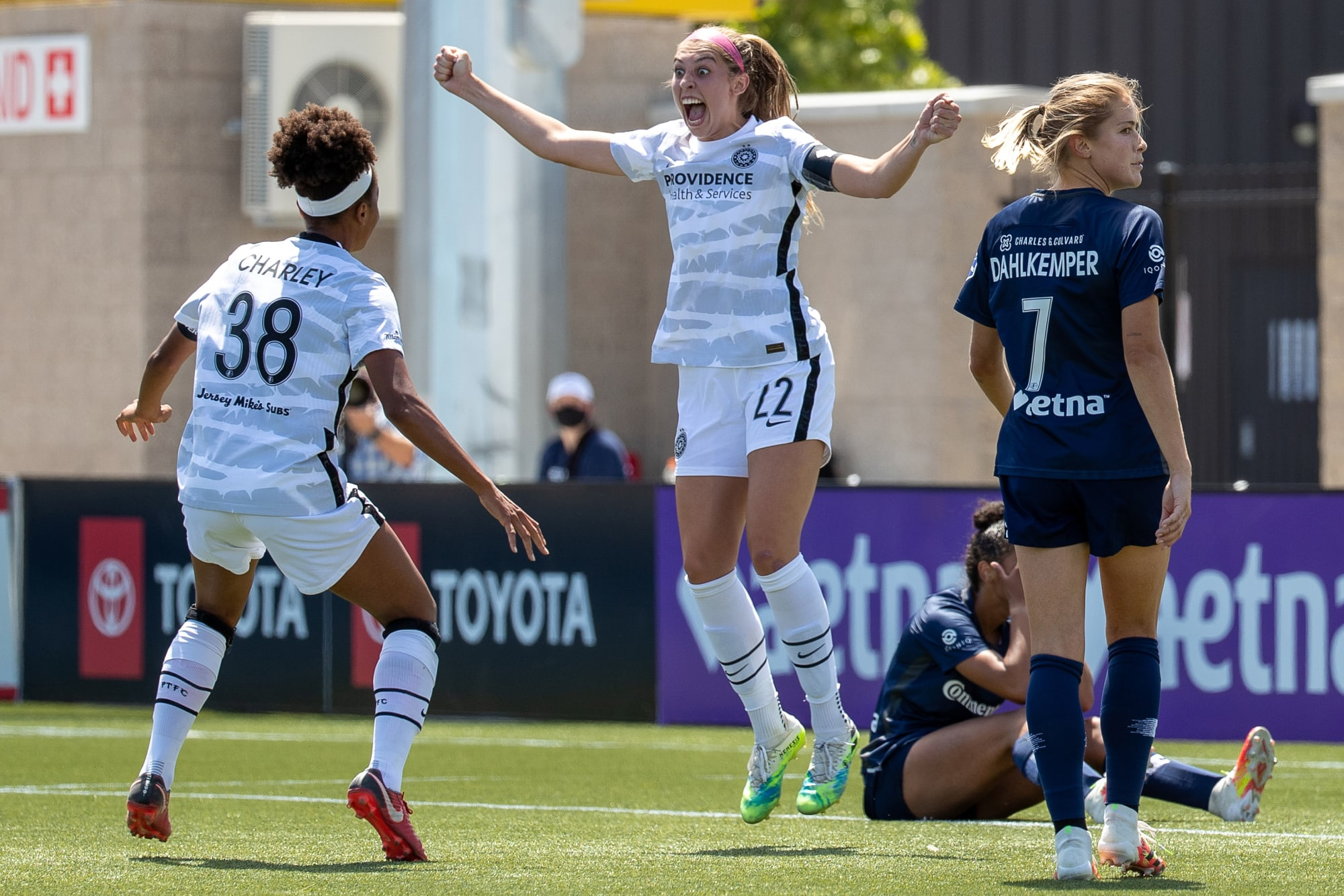 Chicago Red Stars vs Portland Thorns: A Big Beautiful Nothing