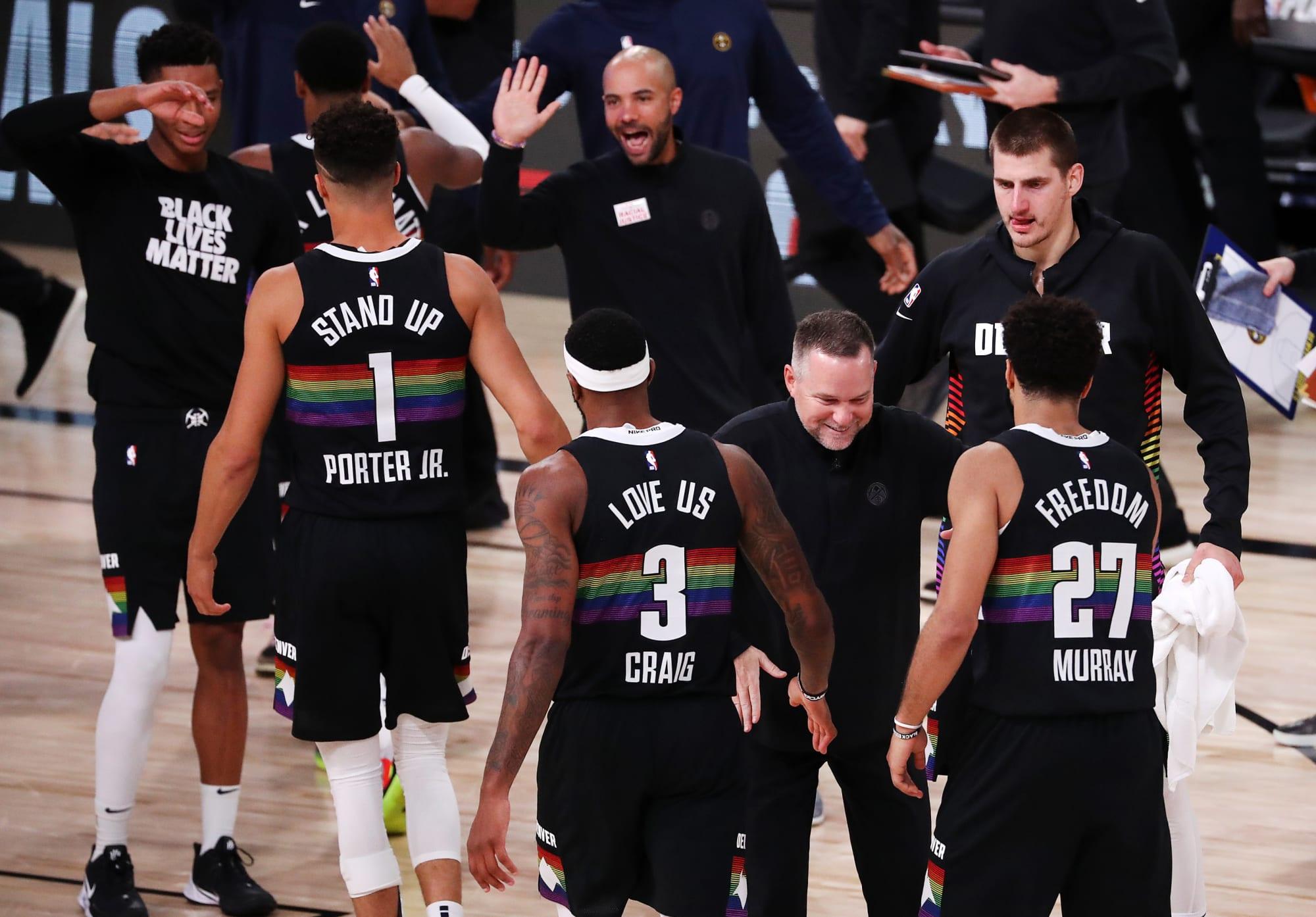 NBA – I Clippers si sciolgono ancora sul piu' bello e Denver la trascina a gara 7