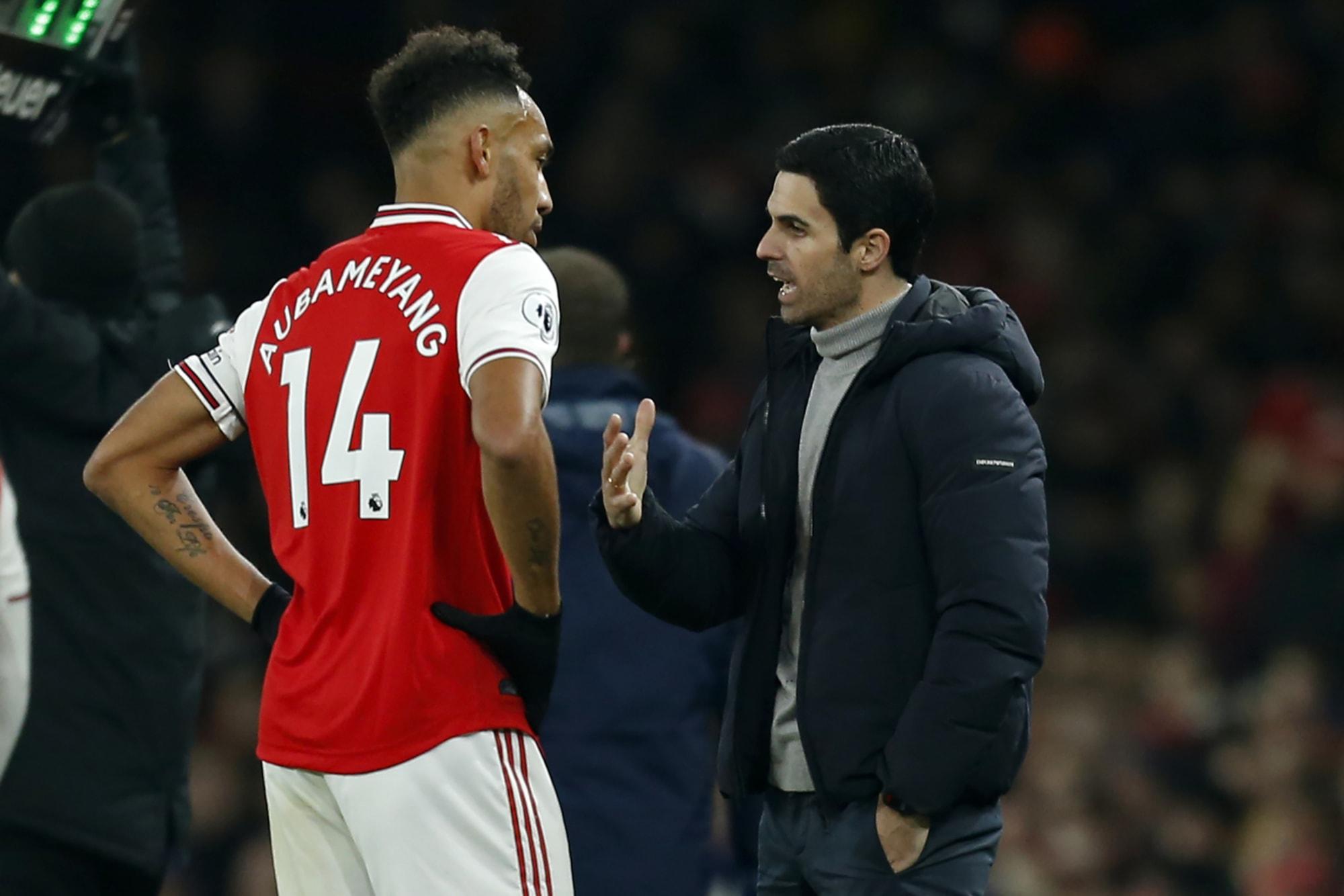 Arsenal: 3 problems if Pierre-Emerick Aubameyang stays
