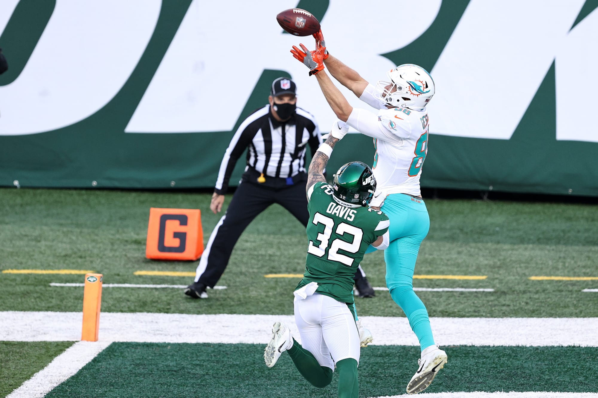 Miami Dolphins new offensive coordinator must fix this part of the offense